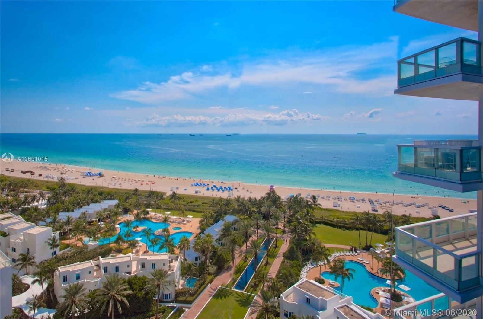 Property 在 100 S POINTE DR , 810 South Point, Miami Beach, FL 33139