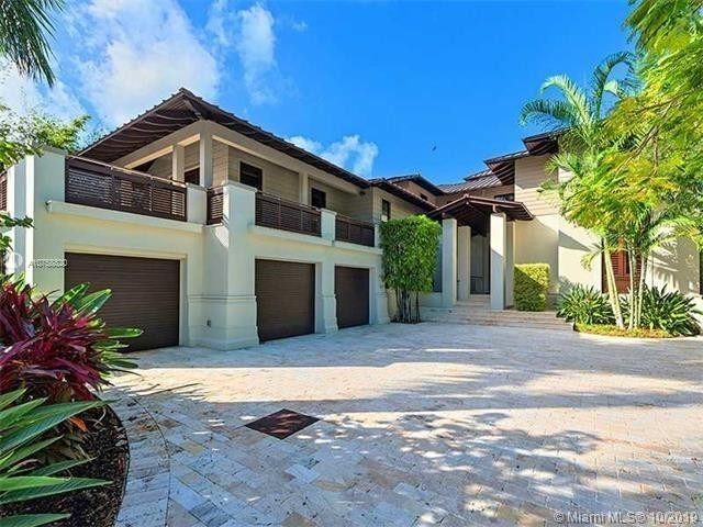 6. Single Family Homes at Key Biscayne
