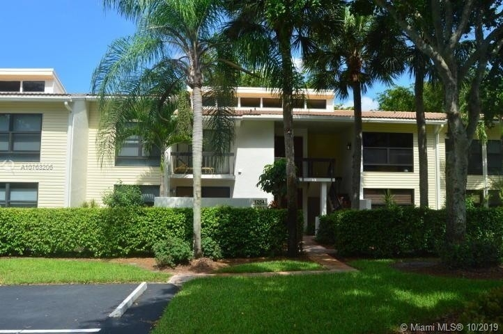 1. Condominiums 在 6760 Willow Wood Dr , 1203 Boca Raton