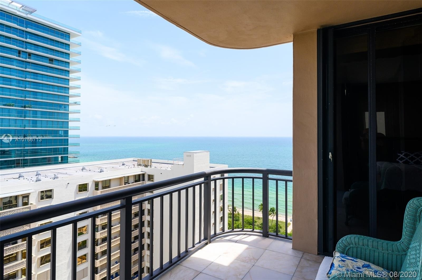 32. Condominiums for Sale at 10175 Collins Ave , PH5 Bal Harbour, FL 33154