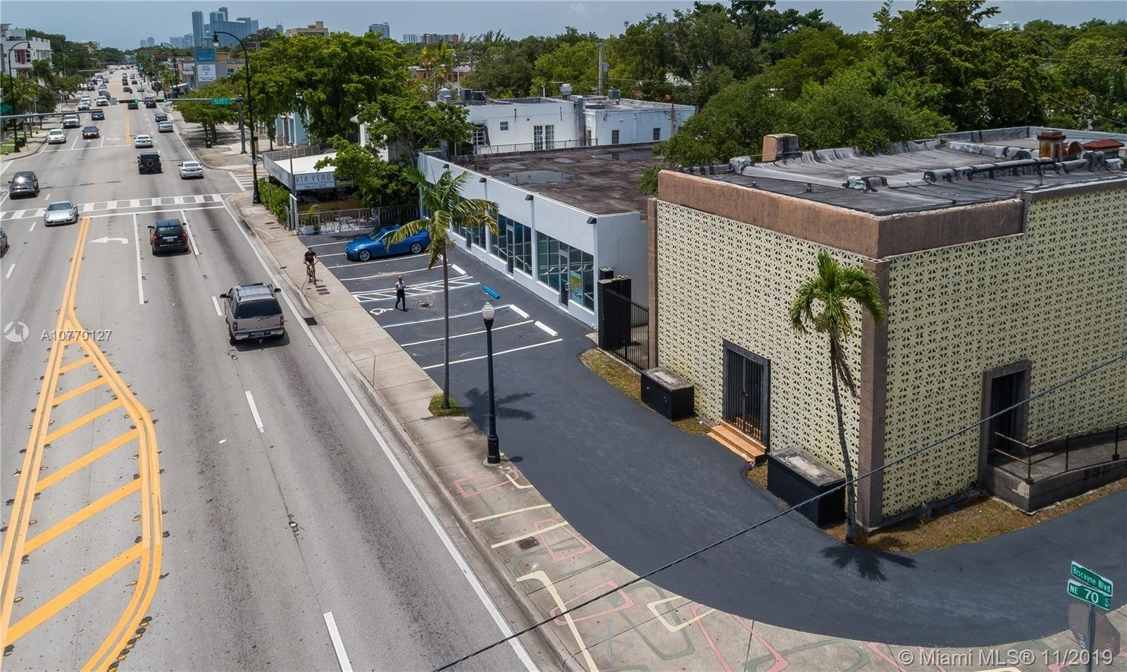 Commercial / Office for Sale at Bayside, Miami, FL 33138