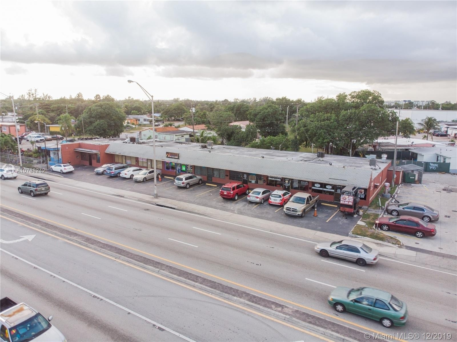 Commercial / Office for Sale at Opa Locka, FL 33054