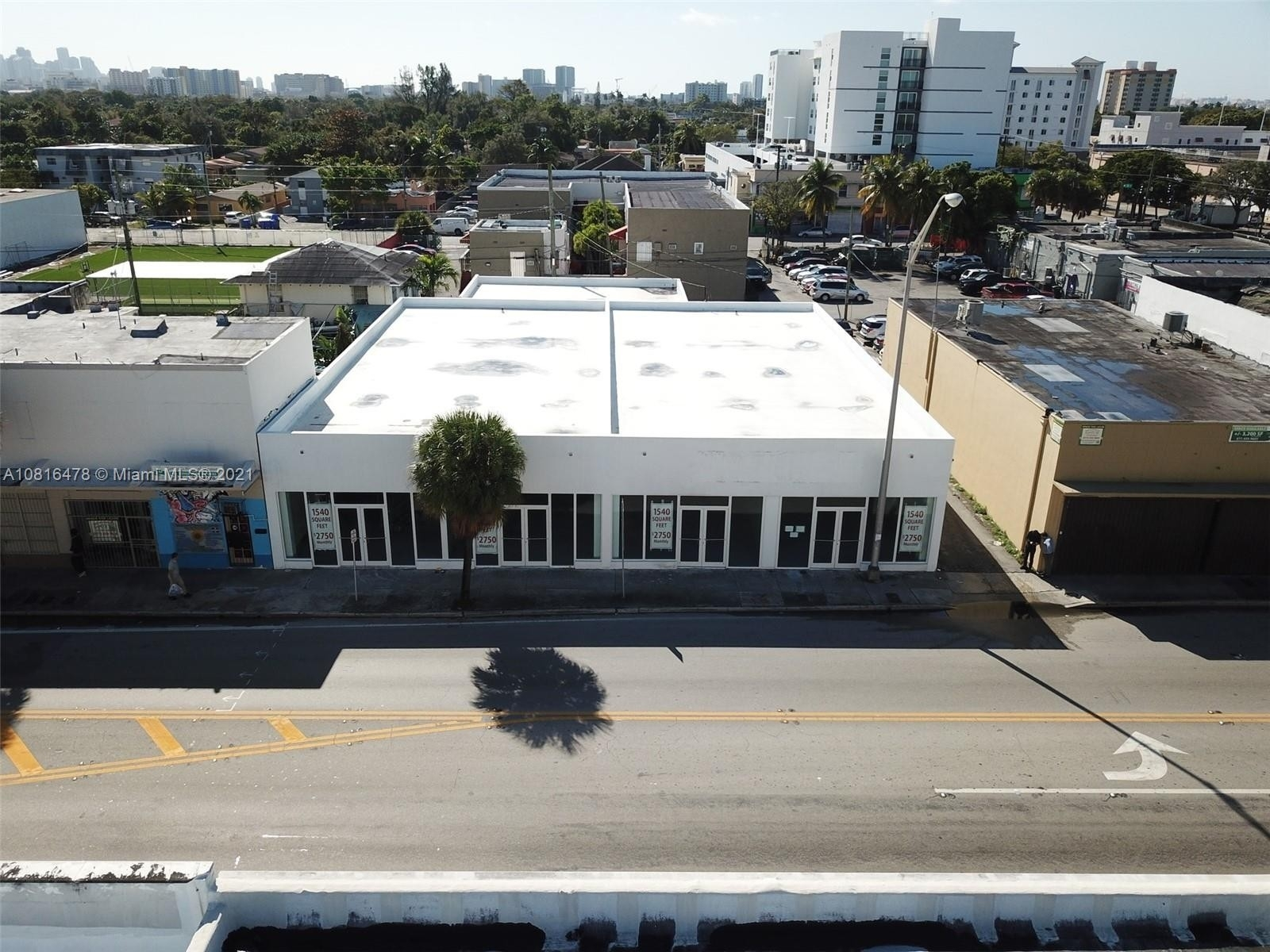 1. Commercial / Office por un Venta en Beverly Heights, Miami, FL 33142