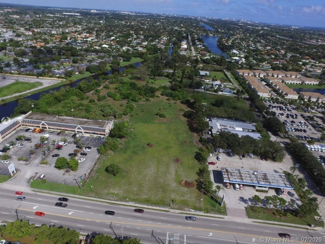 Other for Sale at Palm Springs Village, Lake Worth, FL 33461