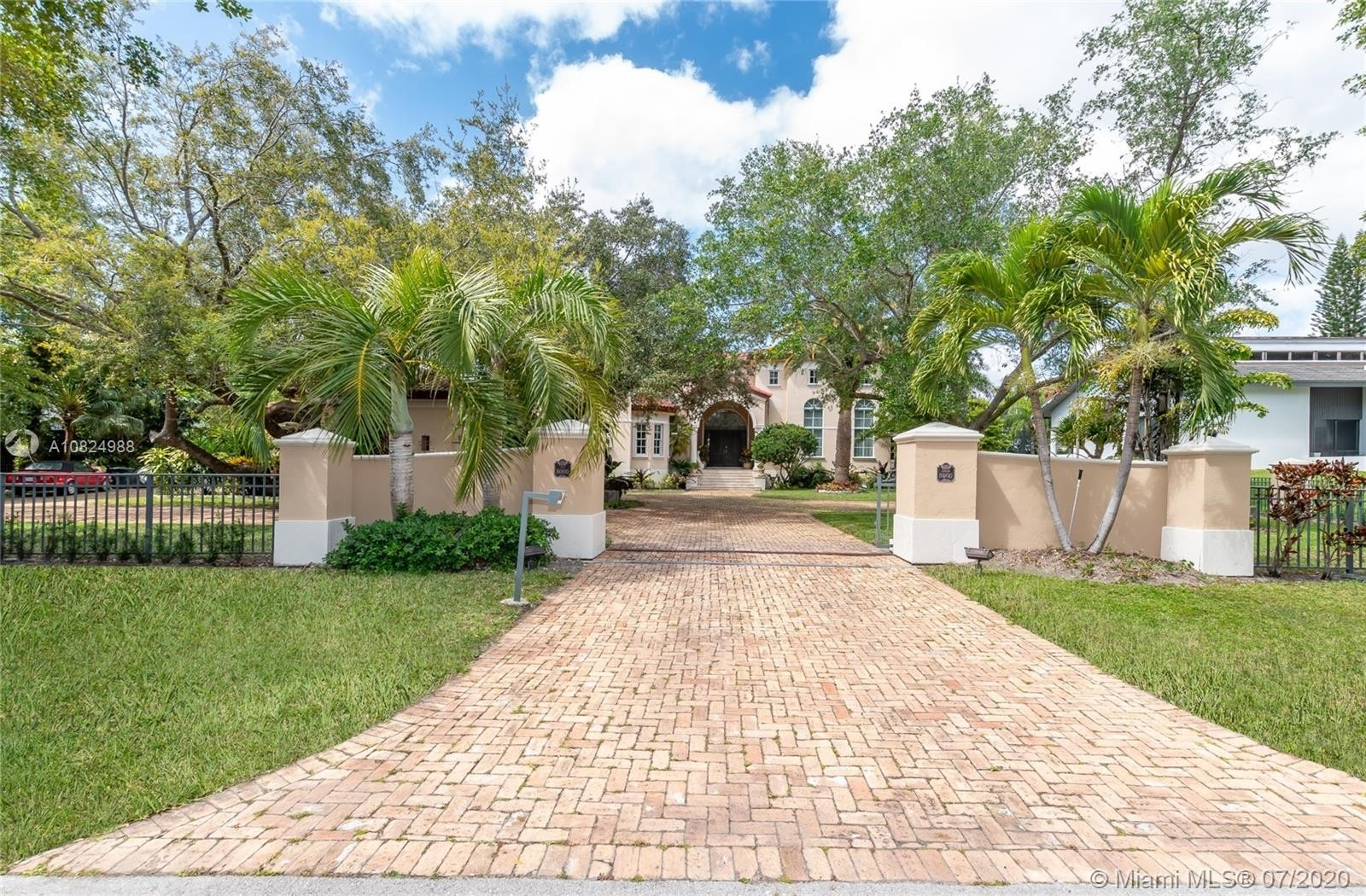 Property at Cocoplum, Coral Gables, FL 33143