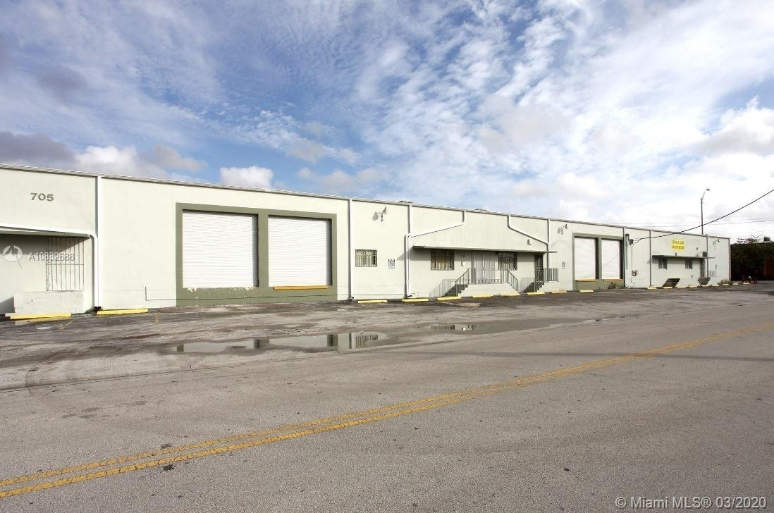 Industrial for Sale at Hialeah, FL 33010