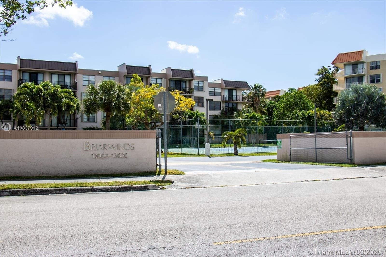 13. Condominiums à 13020 SW 92nd Ave , A204 Miami
