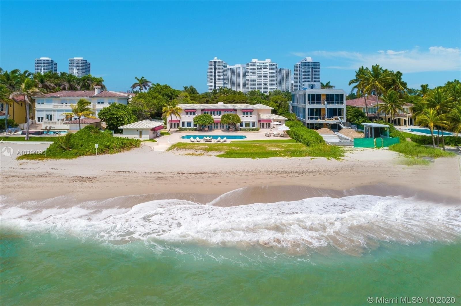 Single Family Home for Sale at Golden Beach, FL 33160