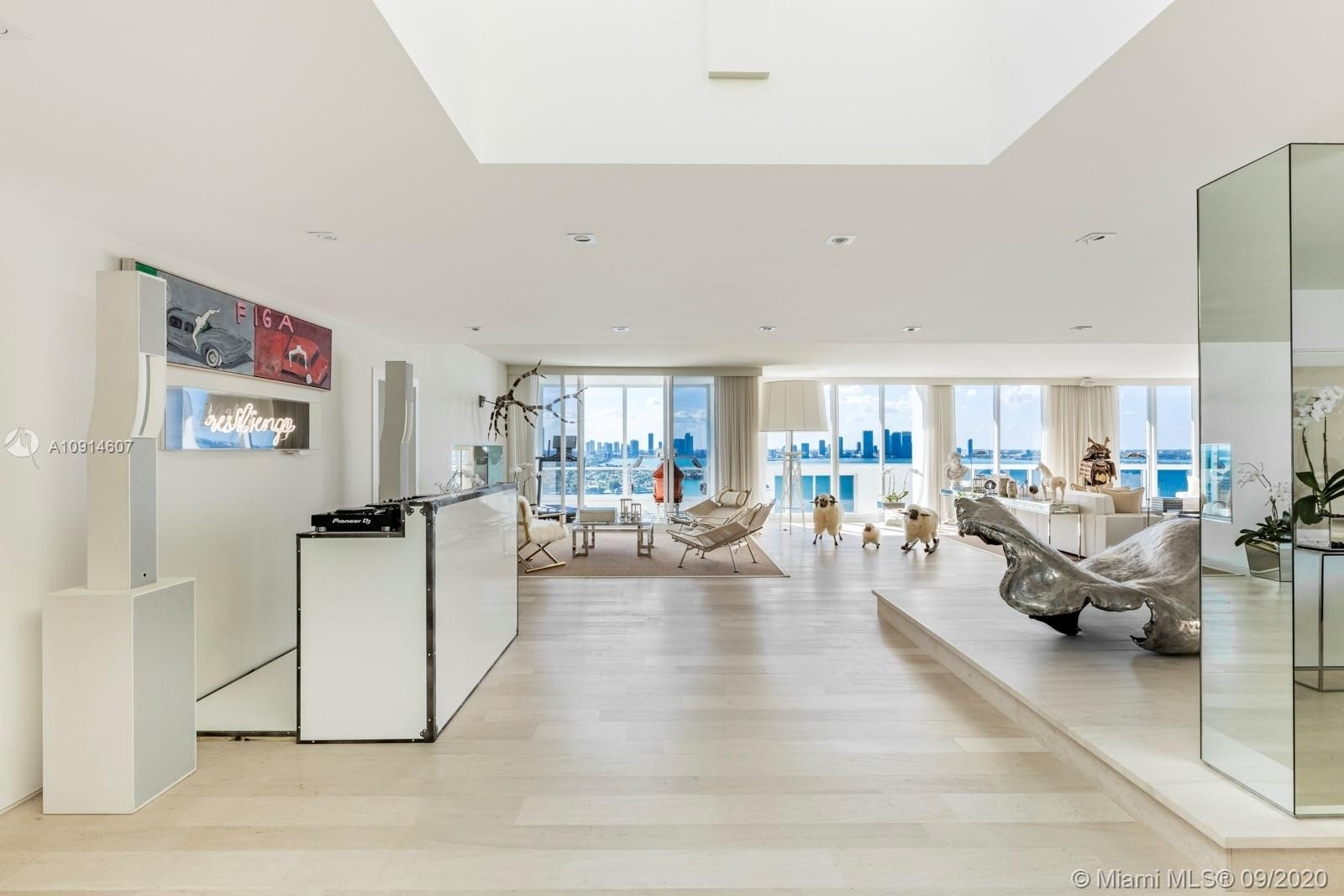 Condominium at 1800 Sunset Harbour Dr , TS-2/3 Sunset Harbour, Miami Beach, FL 33139