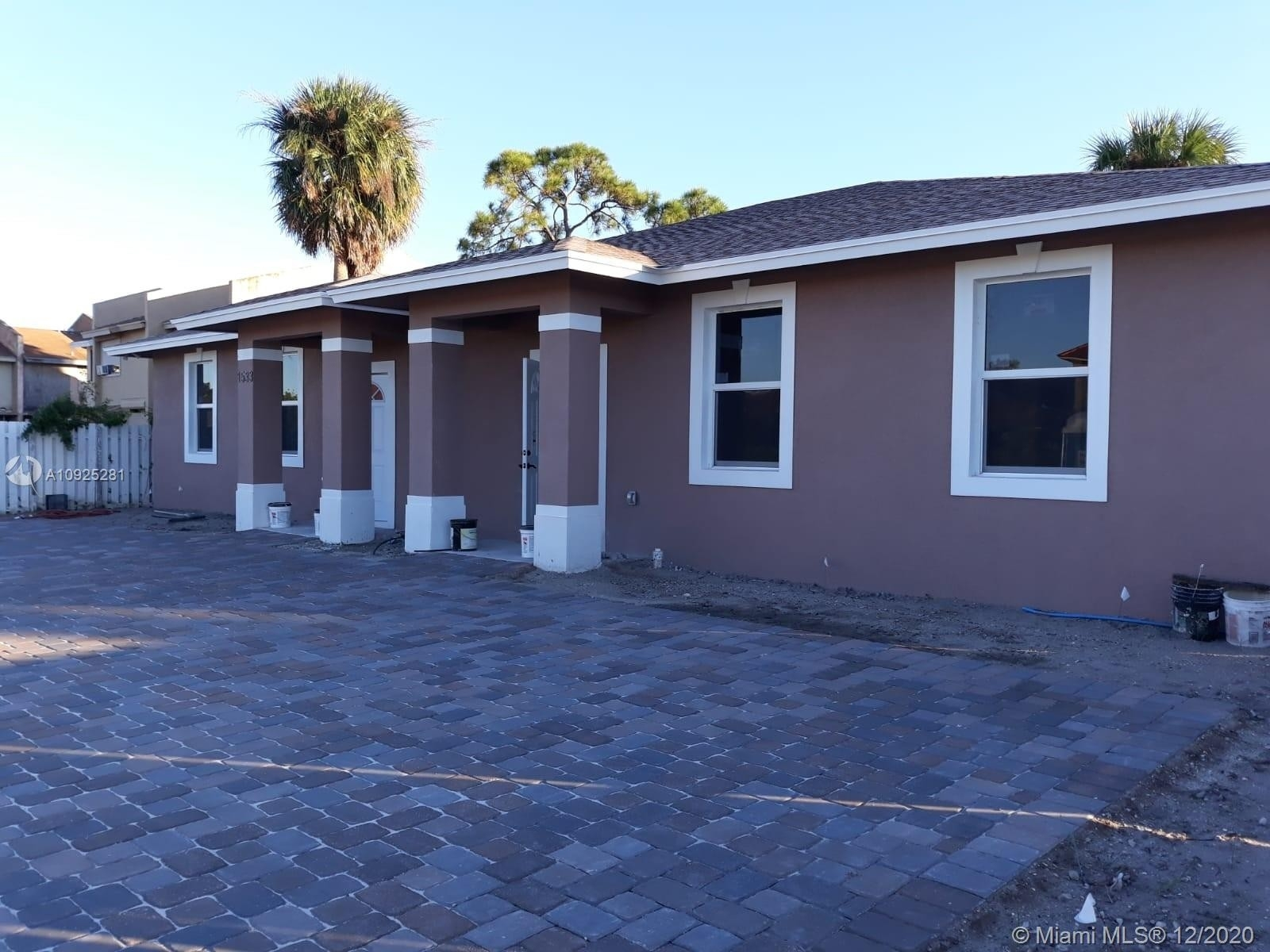 Multi Family Townhouse for Sale at Pleasant Heights, Riviera Beach, FL 33404
