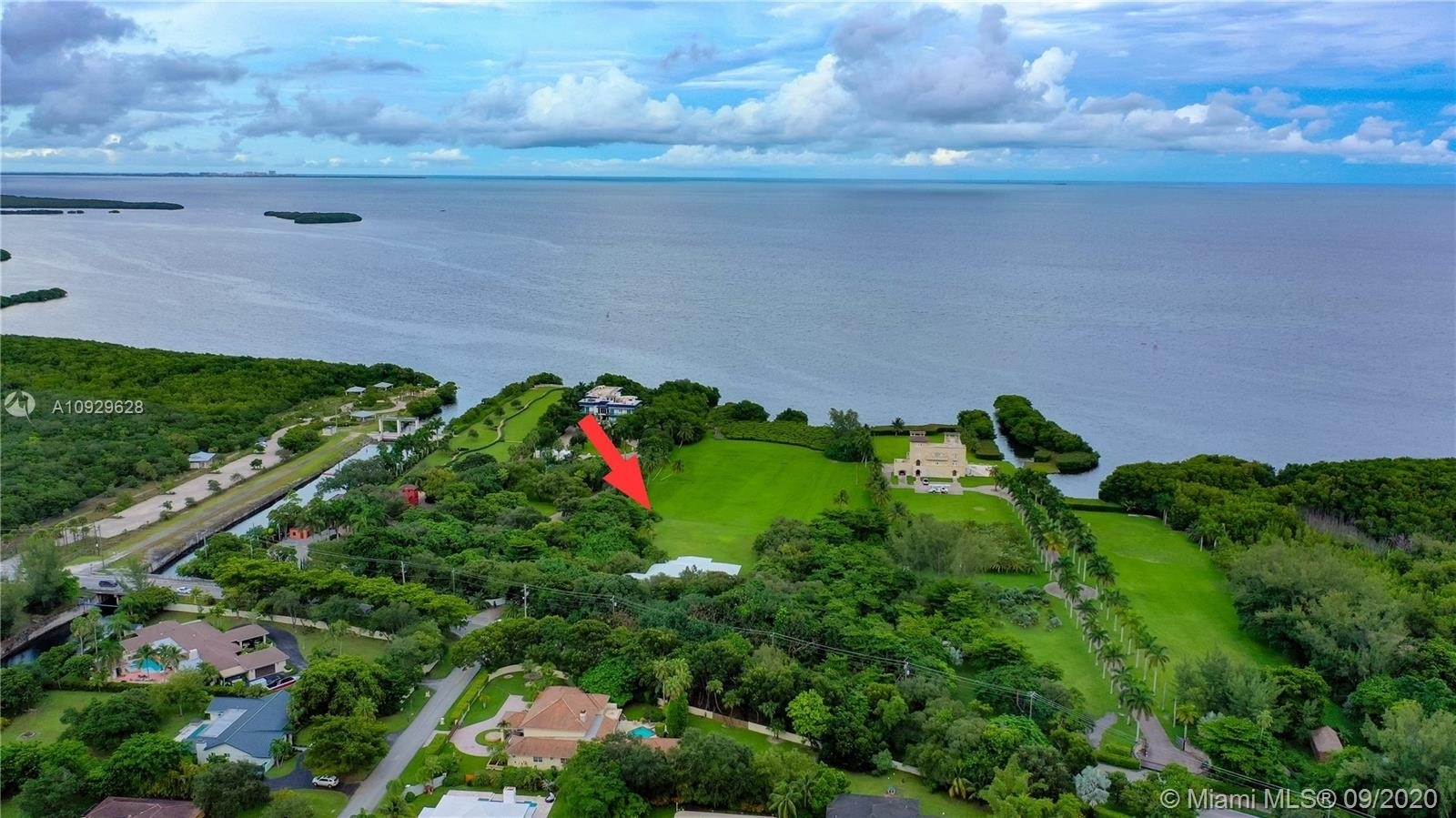 Single Family Home for Sale at Palmetto Bay, FL 33157