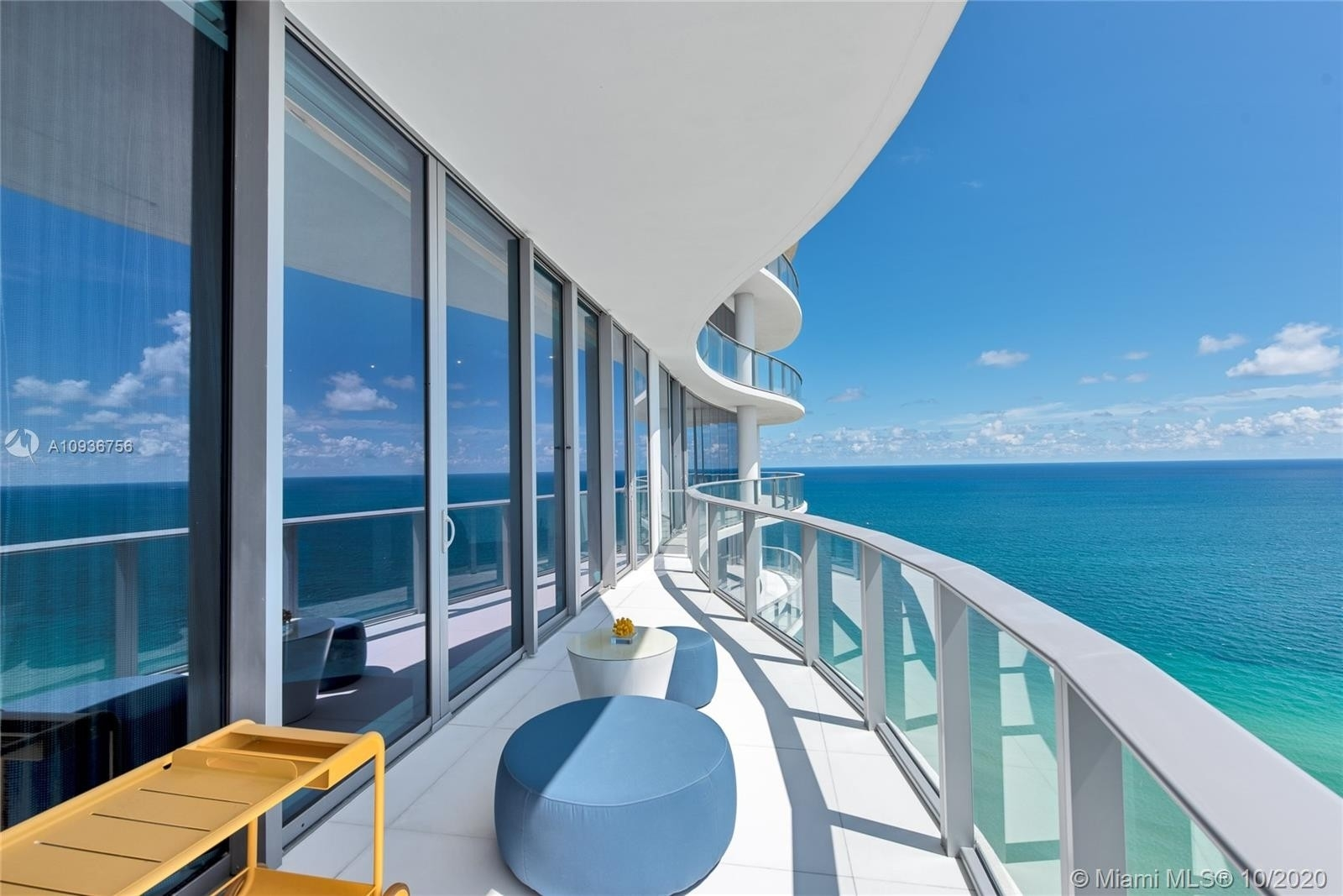 16. Condominiums for Sale at 17475 Collins Ave , 2602 Sunny Isles Beach, FL 33160