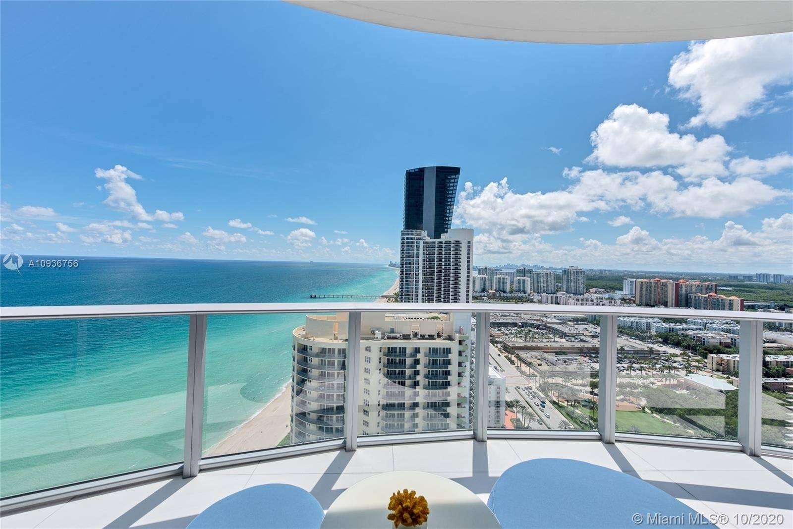 22. Condominiums for Sale at 17475 Collins Ave , 2602 Sunny Isles Beach, FL 33160
