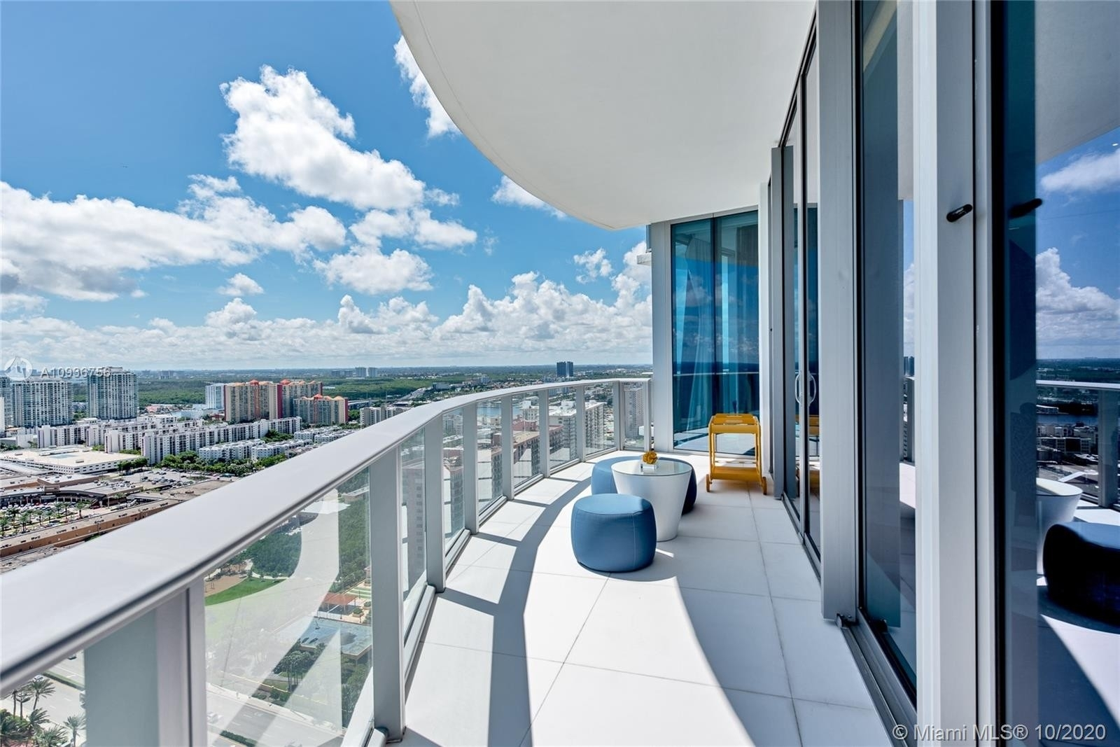19. Condominiums for Sale at 17475 Collins Ave , 2602 Sunny Isles Beach, FL 33160