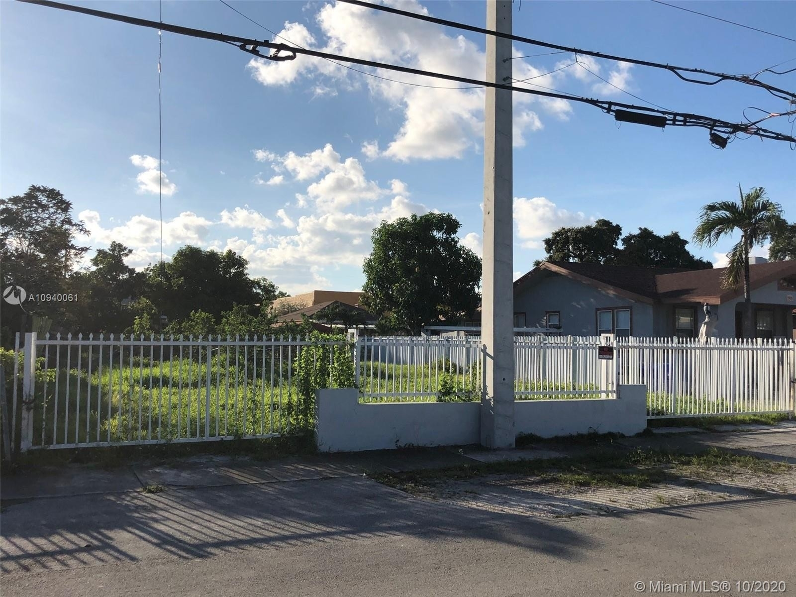 Single Family Home for Sale at City Line Park, Miami, FL 33125