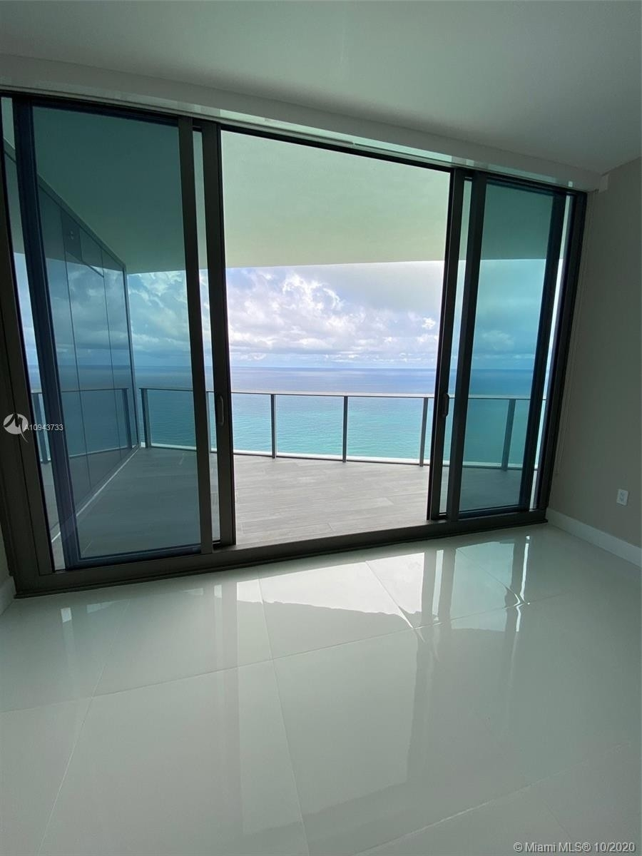 3. Condominiums for Sale at 15701 Collins ave , 3503 Sunny Isles Beach, FL 33160