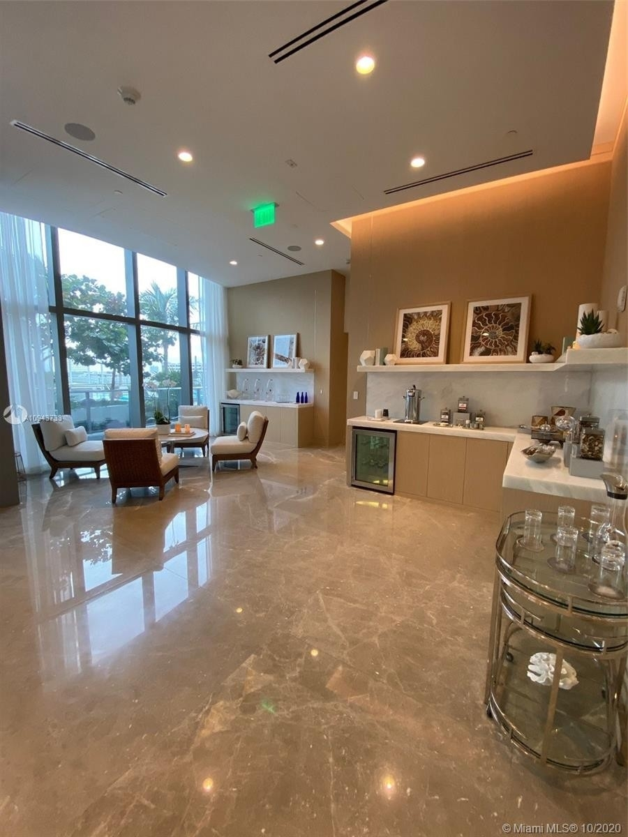 28. Condominiums for Sale at 15701 Collins ave , 3503 Sunny Isles Beach, FL 33160