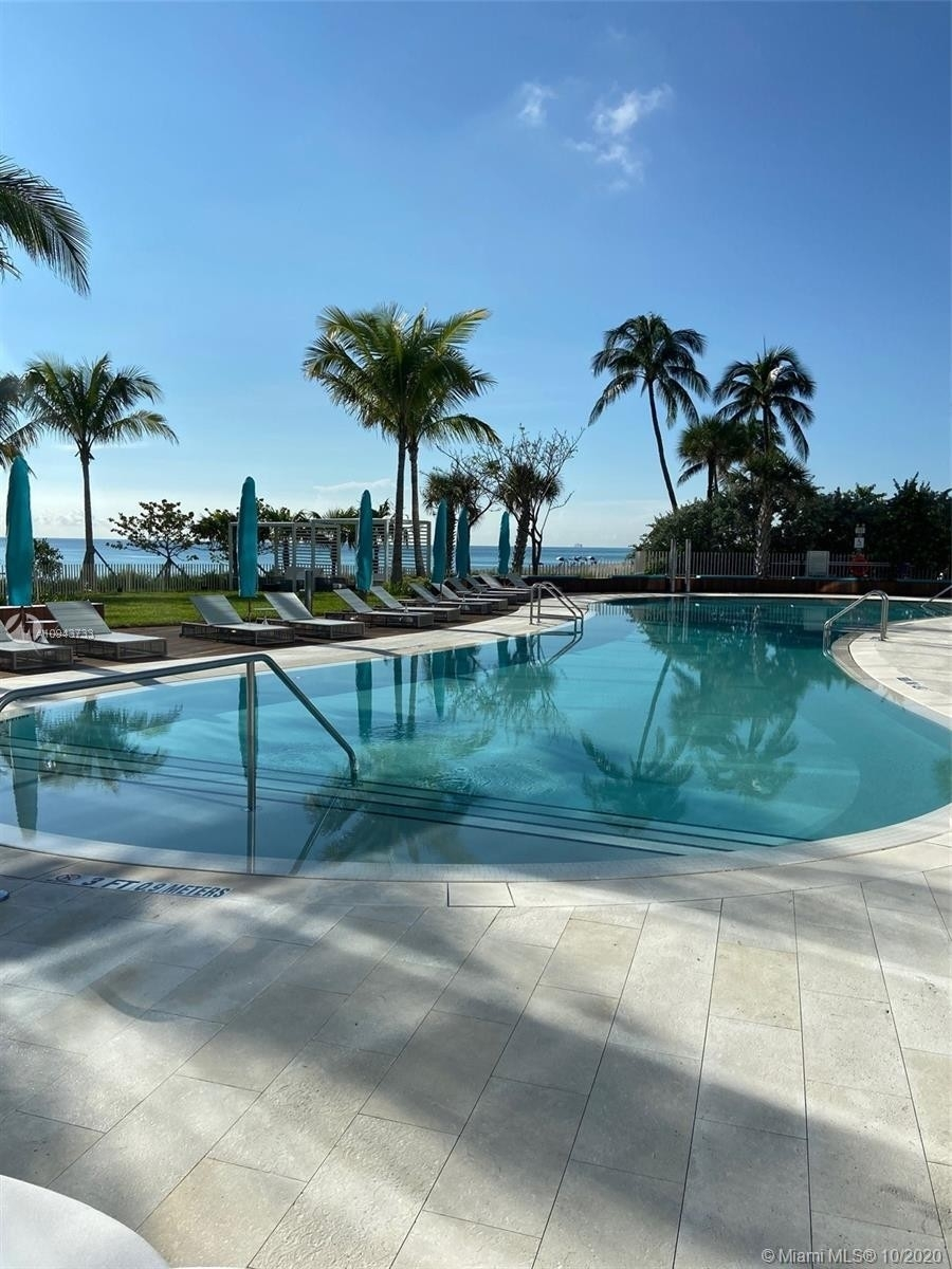 20. Condominiums for Sale at 15701 Collins ave , 3503 Sunny Isles Beach, FL 33160