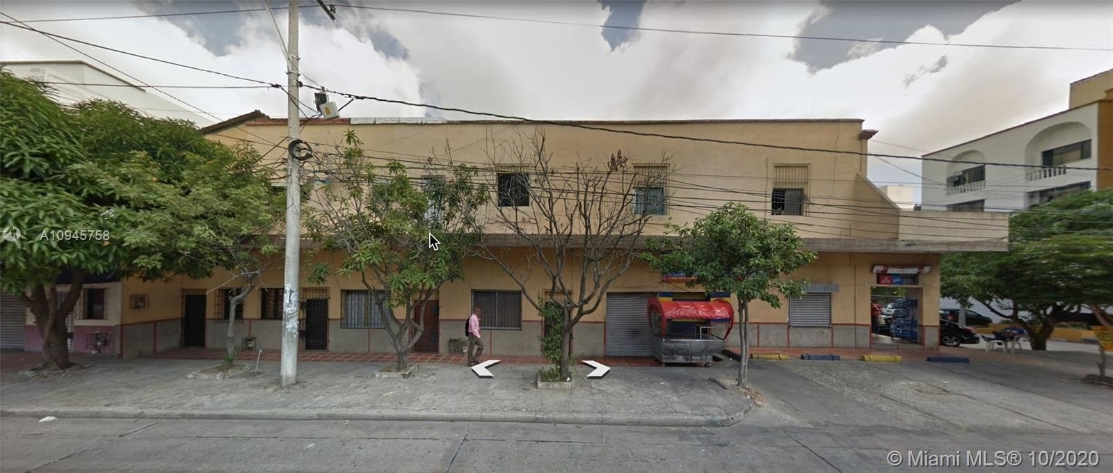 Comercial / Oficina por un Venta en Calle 70B #41-09 , COLOMBIA Other Areas, CO COLOM