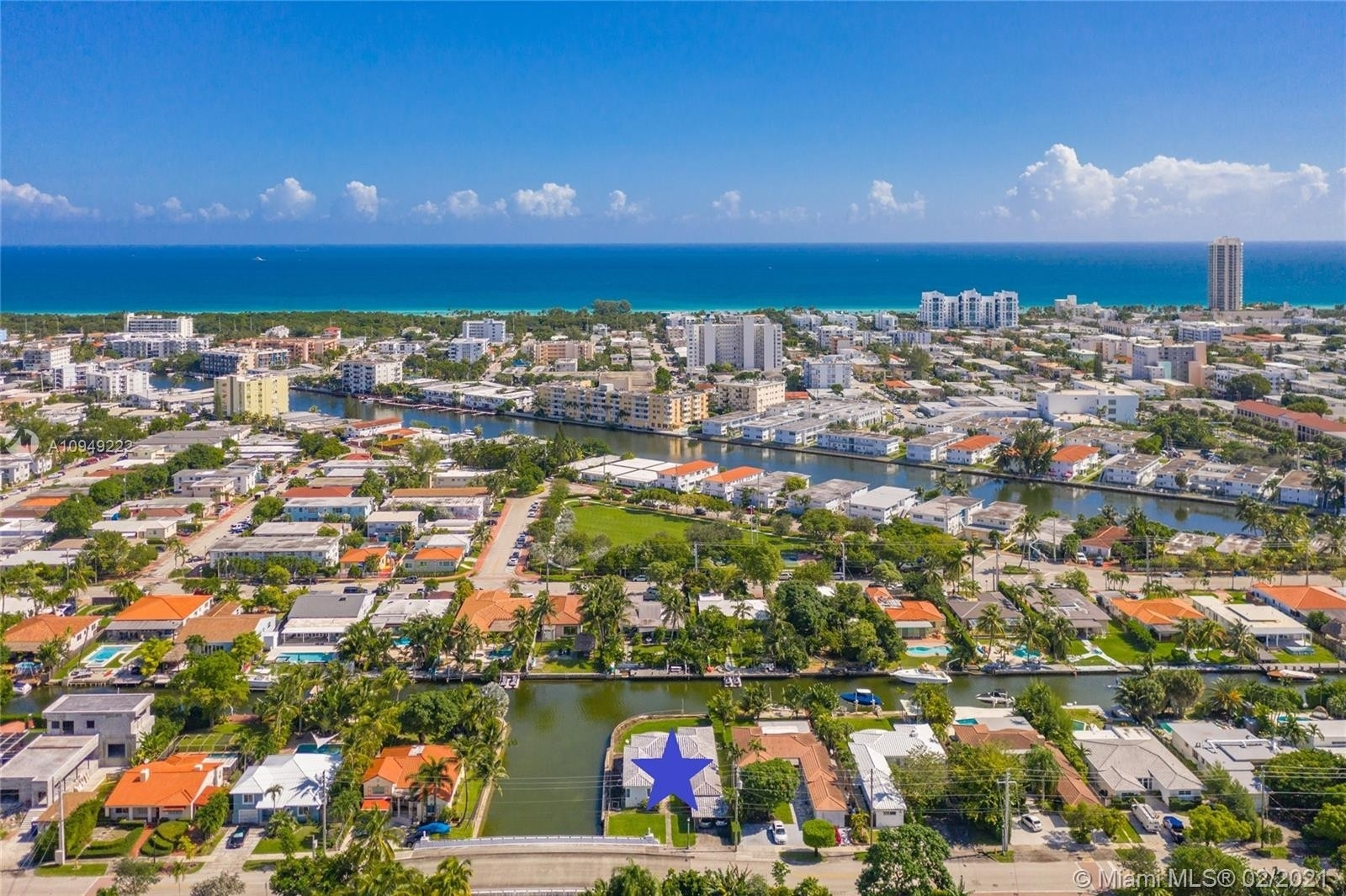Vivienda unifamiliar por un Venta en Biscayne Point, Miami Beach, FL 33141