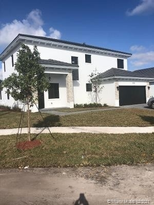 Single Family Home for Sale at Leisure City, Homestead, FL 33033