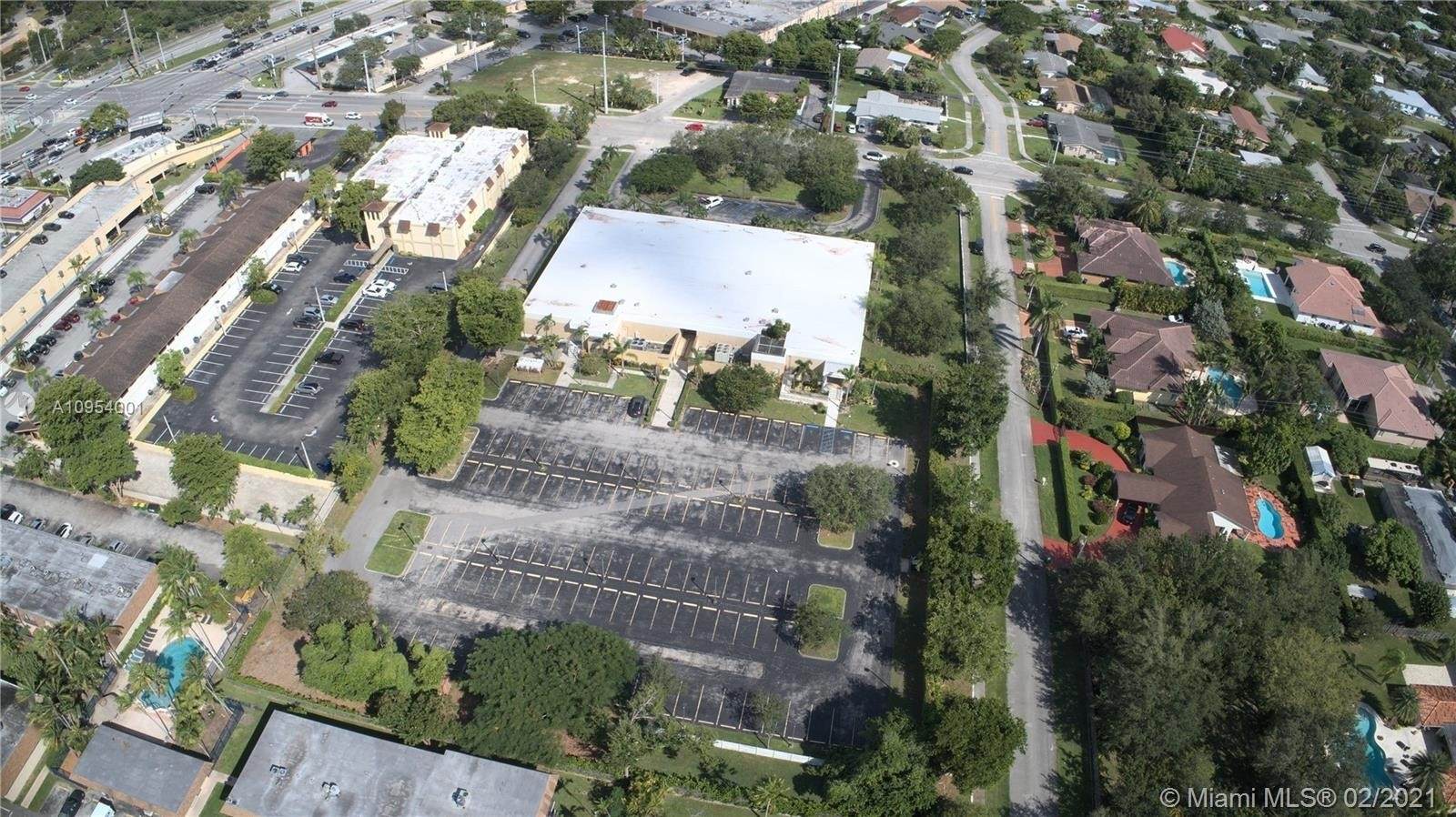 Commercial / Office for Sale at Palmetto Bay, FL 33157