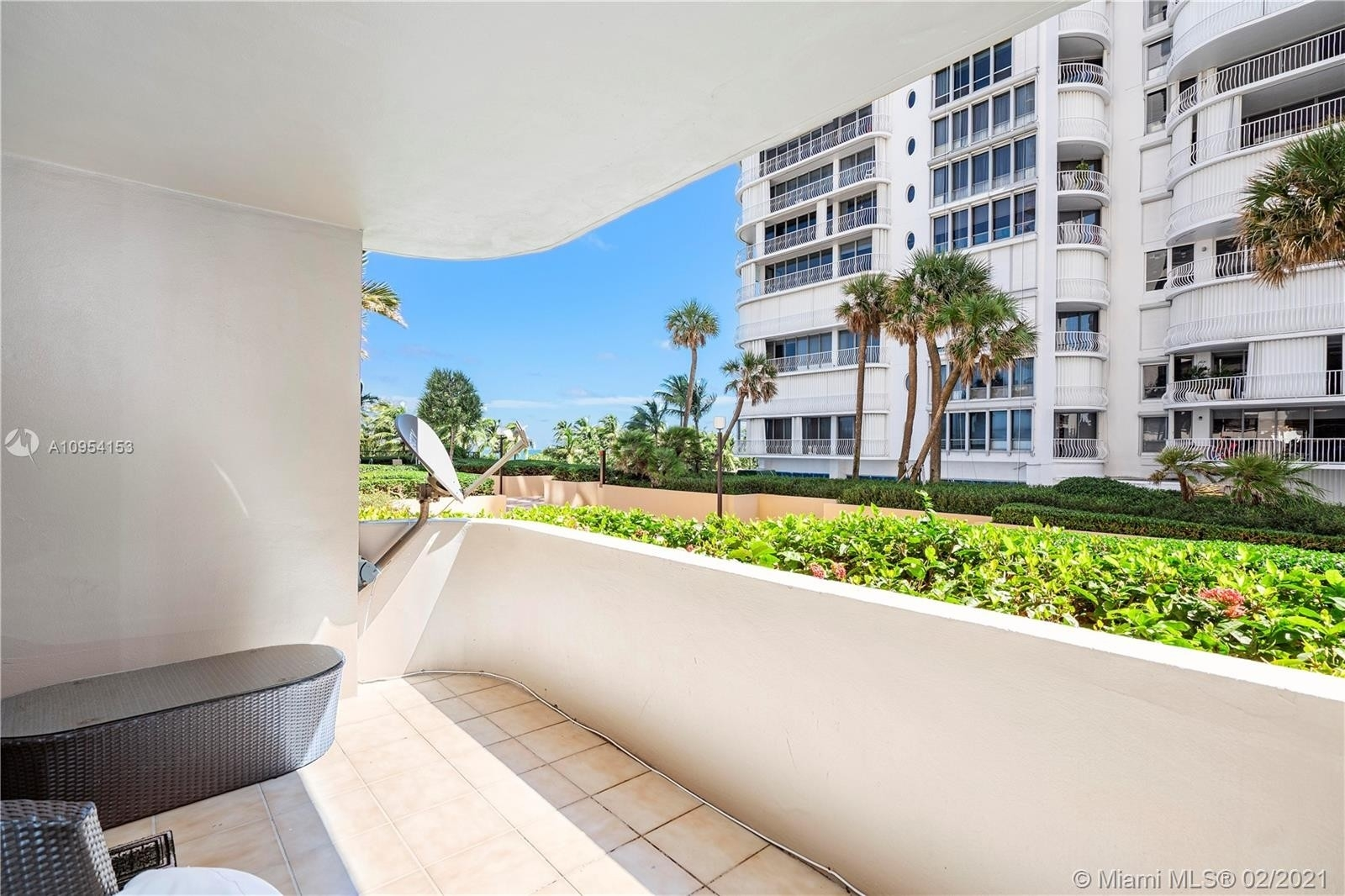 14. Condominiums for Sale at 10175 Collins Ave , 102 Bal Harbour, FL 33154