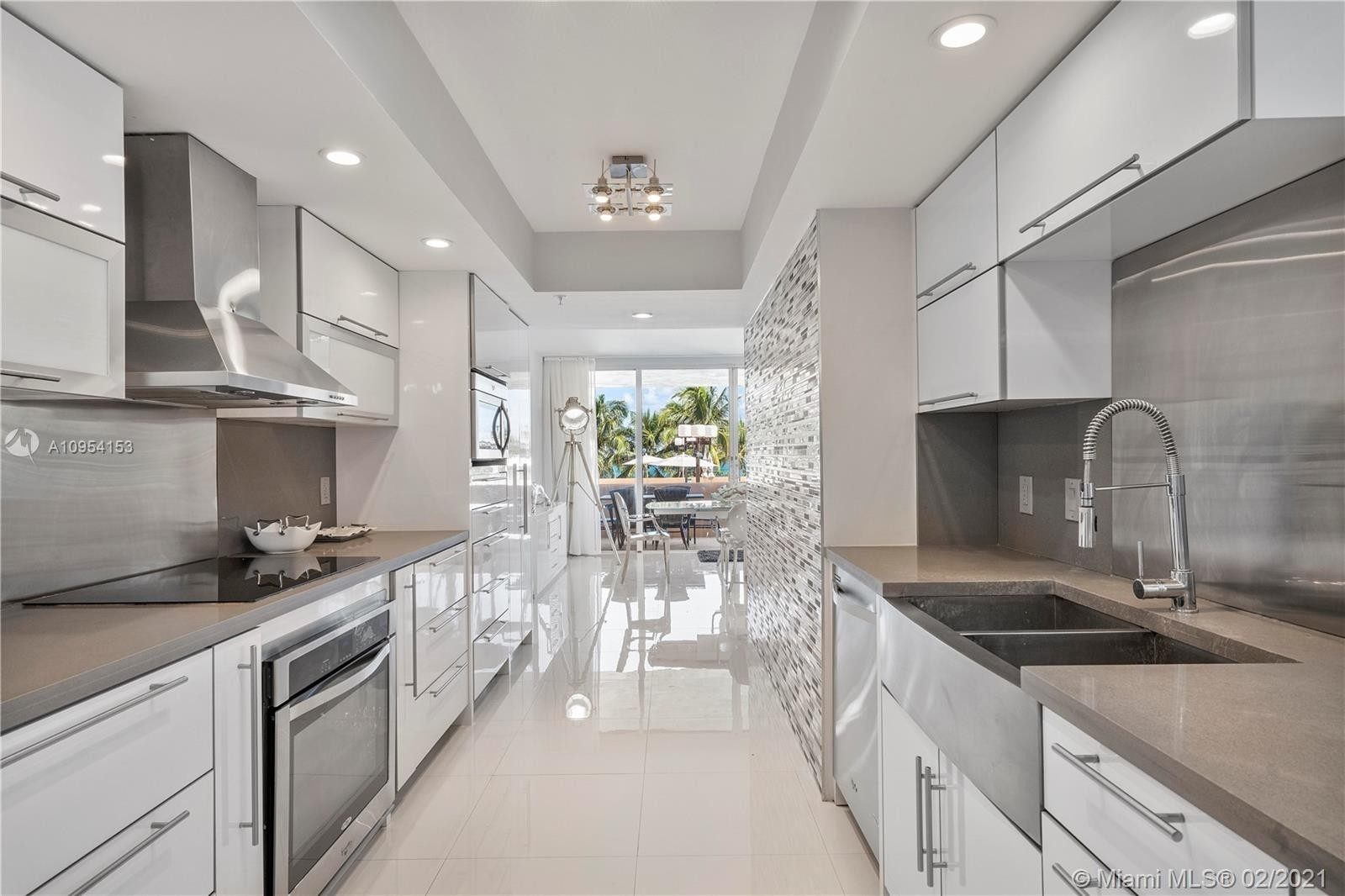 8. Condominiums for Sale at 10175 Collins Ave , 102 Bal Harbour, FL 33154