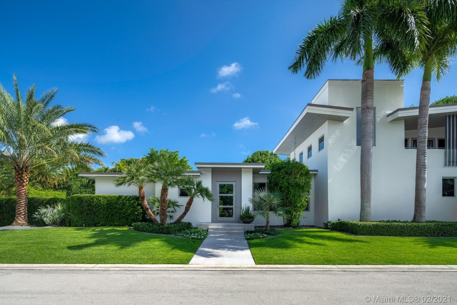 Single Family Home at Address Not Available South Beach, Miami Beach, FL 33139