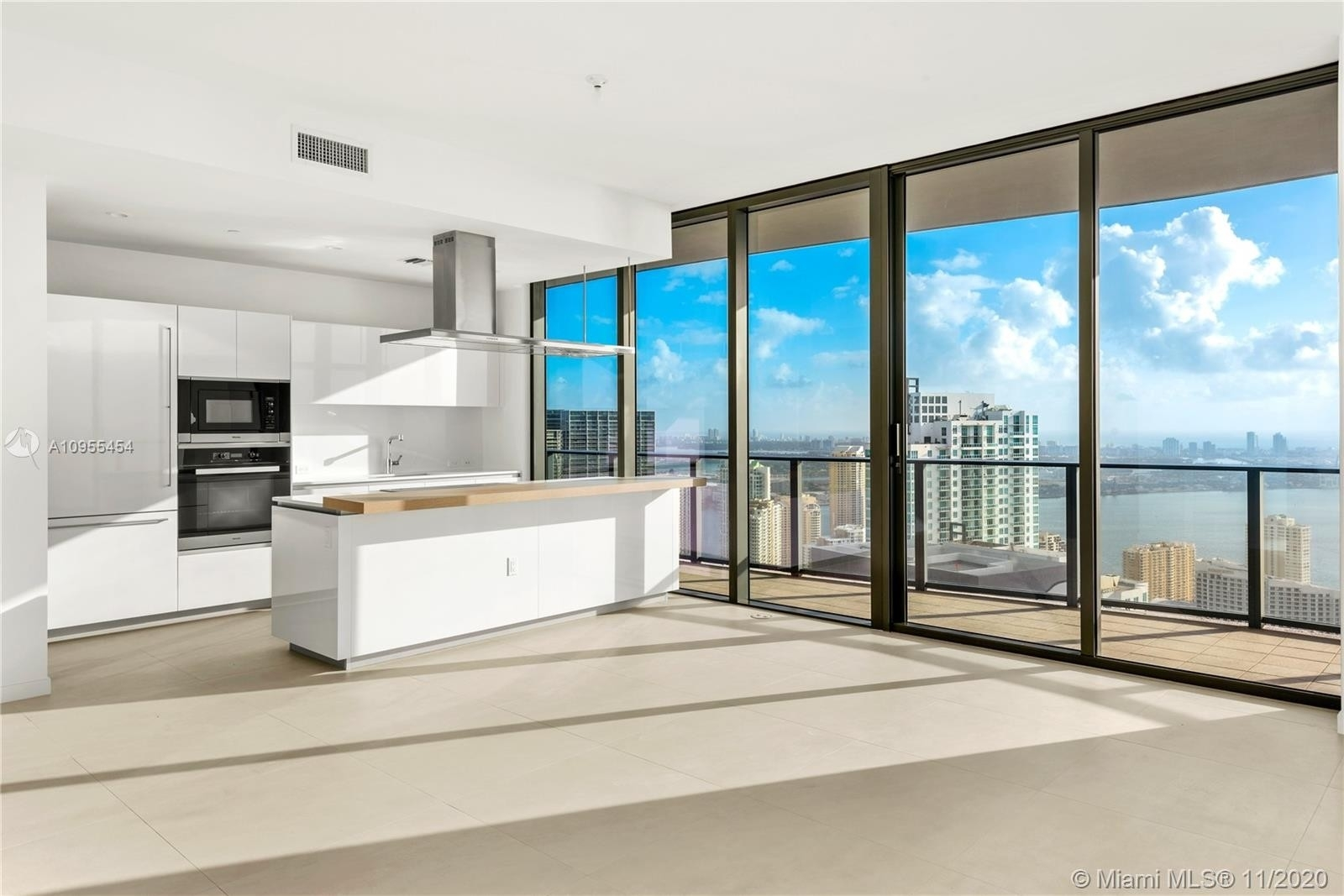 Condominium pour l Vente à 1000 Brickell Plaza , PH5701 Miami Financial District, Miami, FL 33131