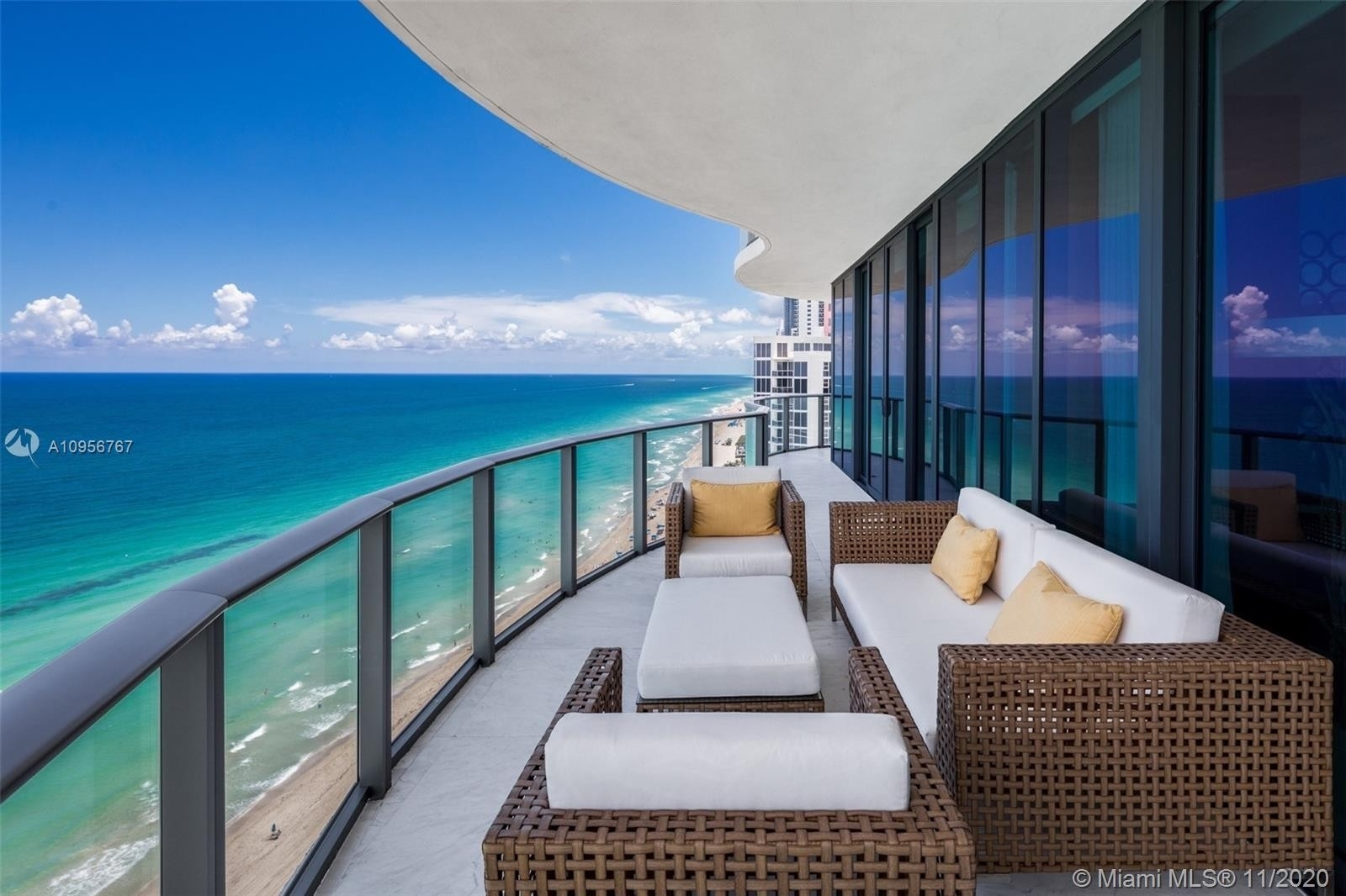 Property at 19575 Collins Ave , 21 Sunny Isles Beach, FL 33160