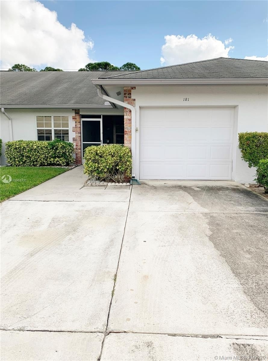 Single Family Townhouse for Sale at Indian Creek, Jupiter, FL 33458