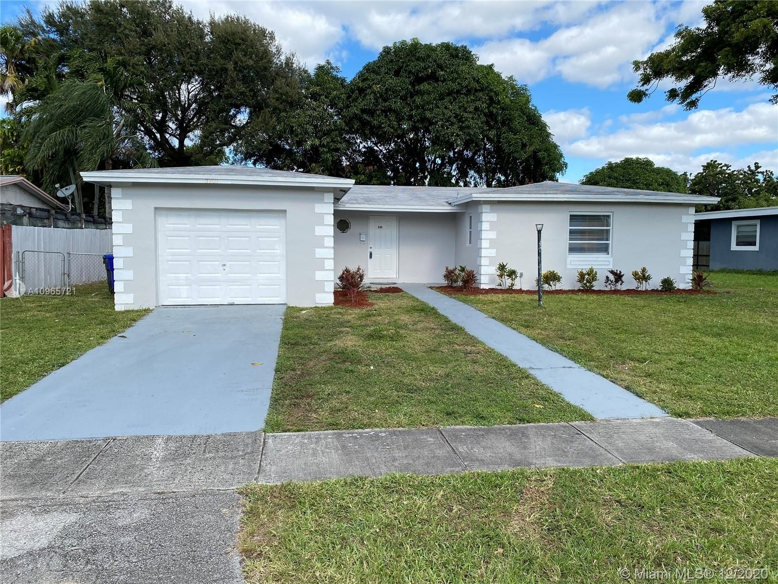 Single Family Home for Sale at Kimberly Village, North Lauderdale, FL 33068