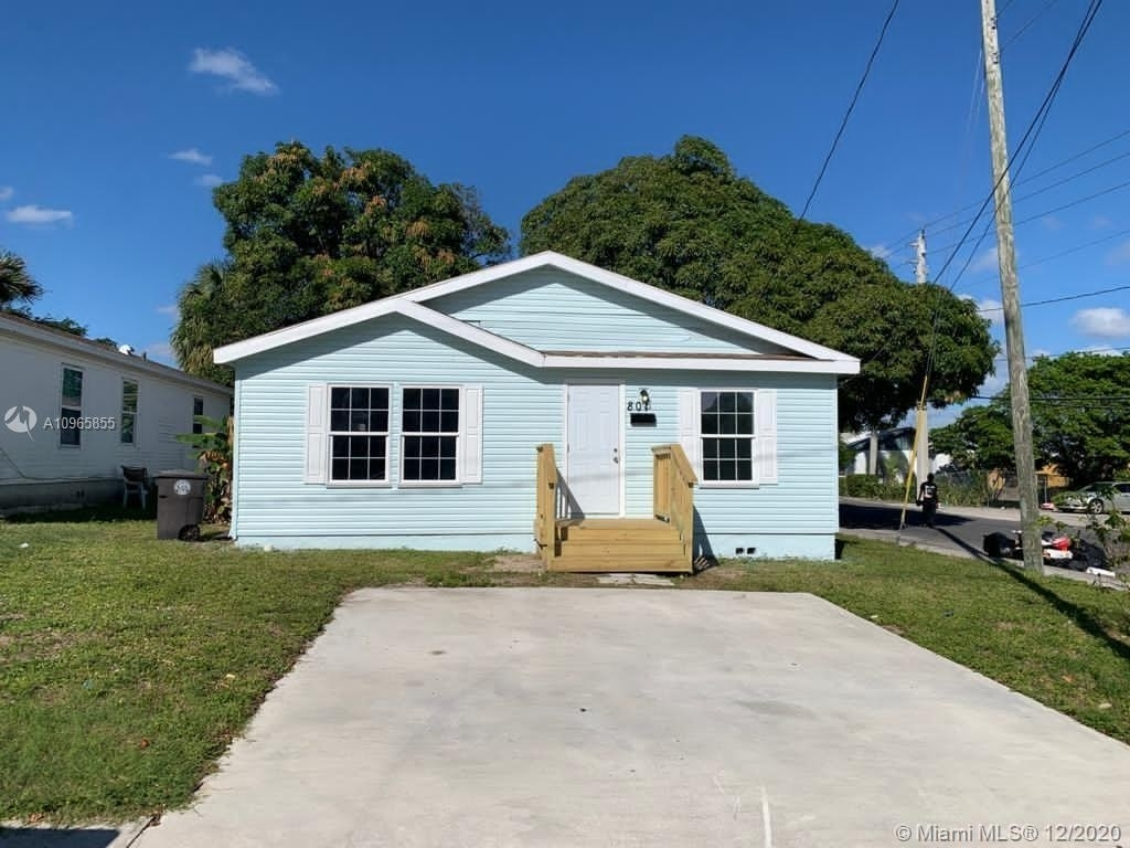 1. Single Family Homes por un Venta en Coleman Park, West Palm Beach, FL 33407