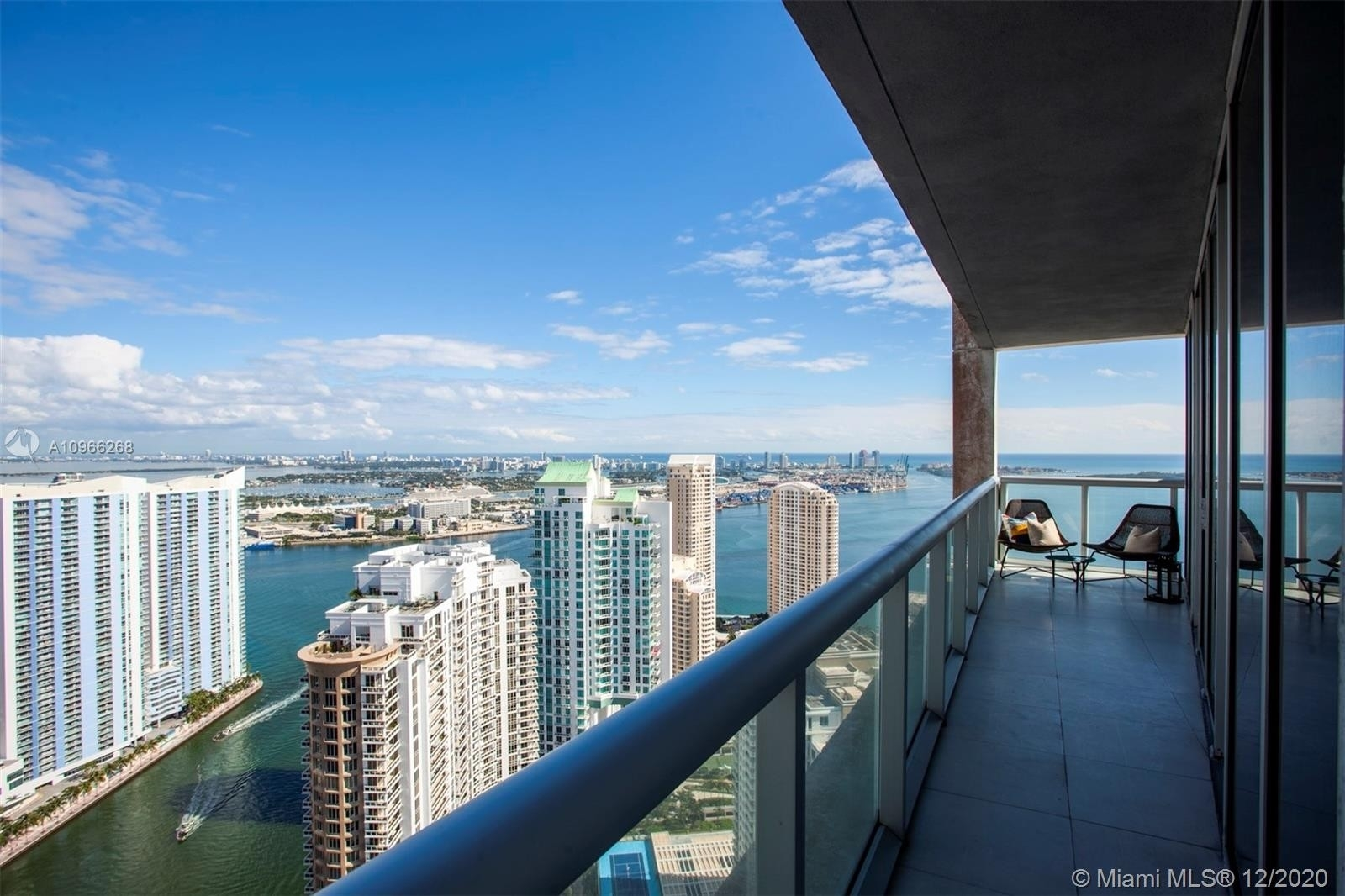 Property à 495 Brickell Ave , 4902 Miami Financial District, Miami, FL 33131