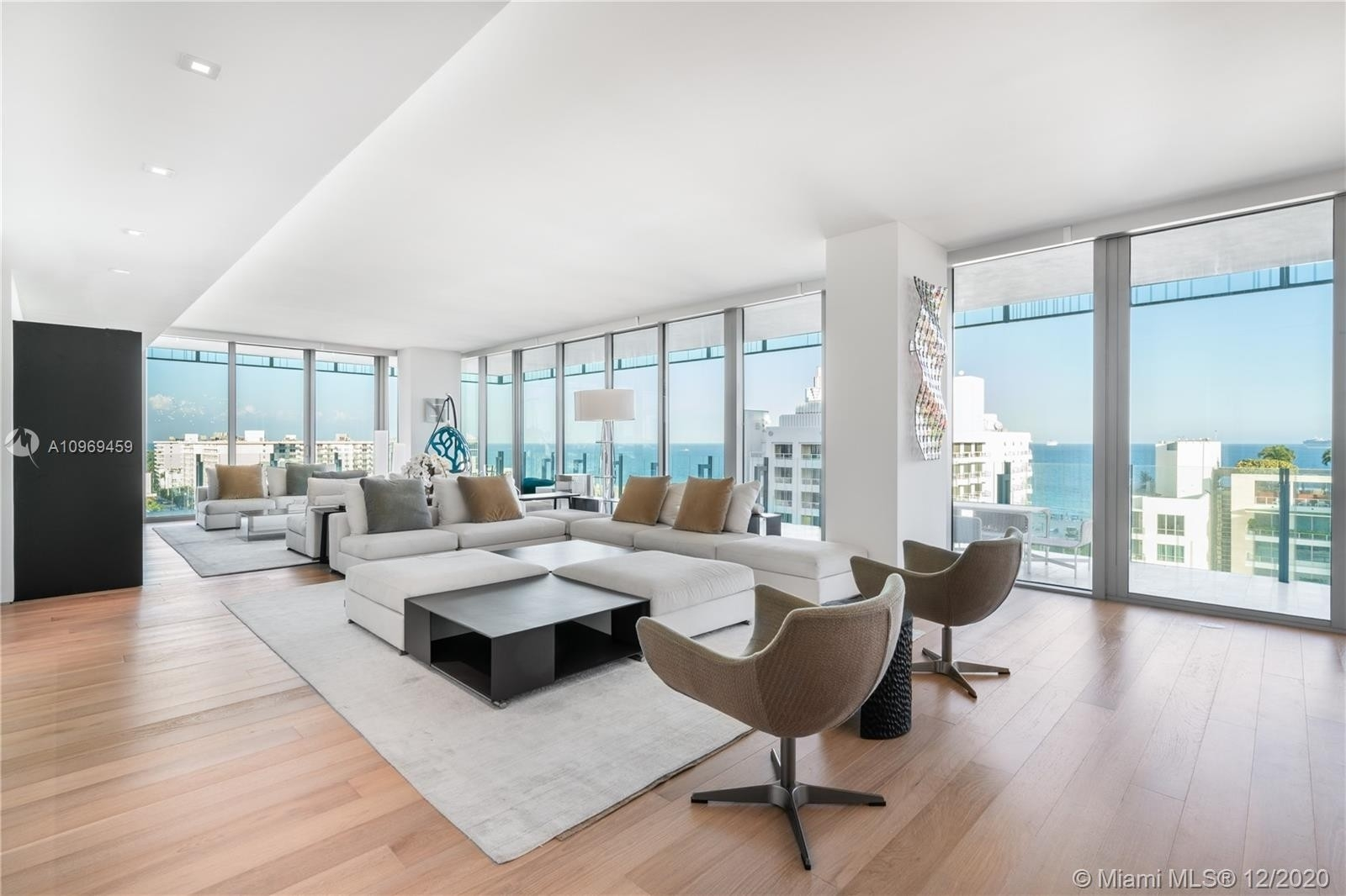 Condominium for Sale at 120 Ocean Dr , 1000 SoFi, Miami Beach, FL 33139