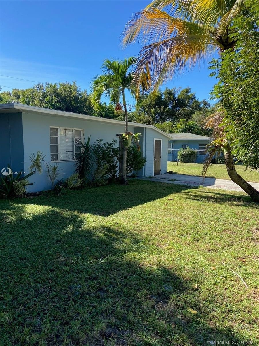 Maison unifamiliale pour l Vente à Northwood Hills, West Palm Beach, FL 33407