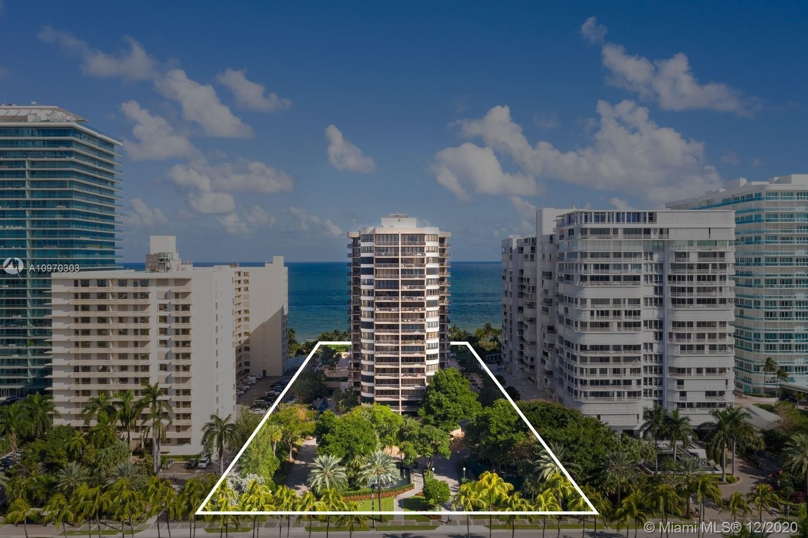 20. Condominiums for Sale at 10175 Collins Ave , 204 Bal Harbour, FL 33154