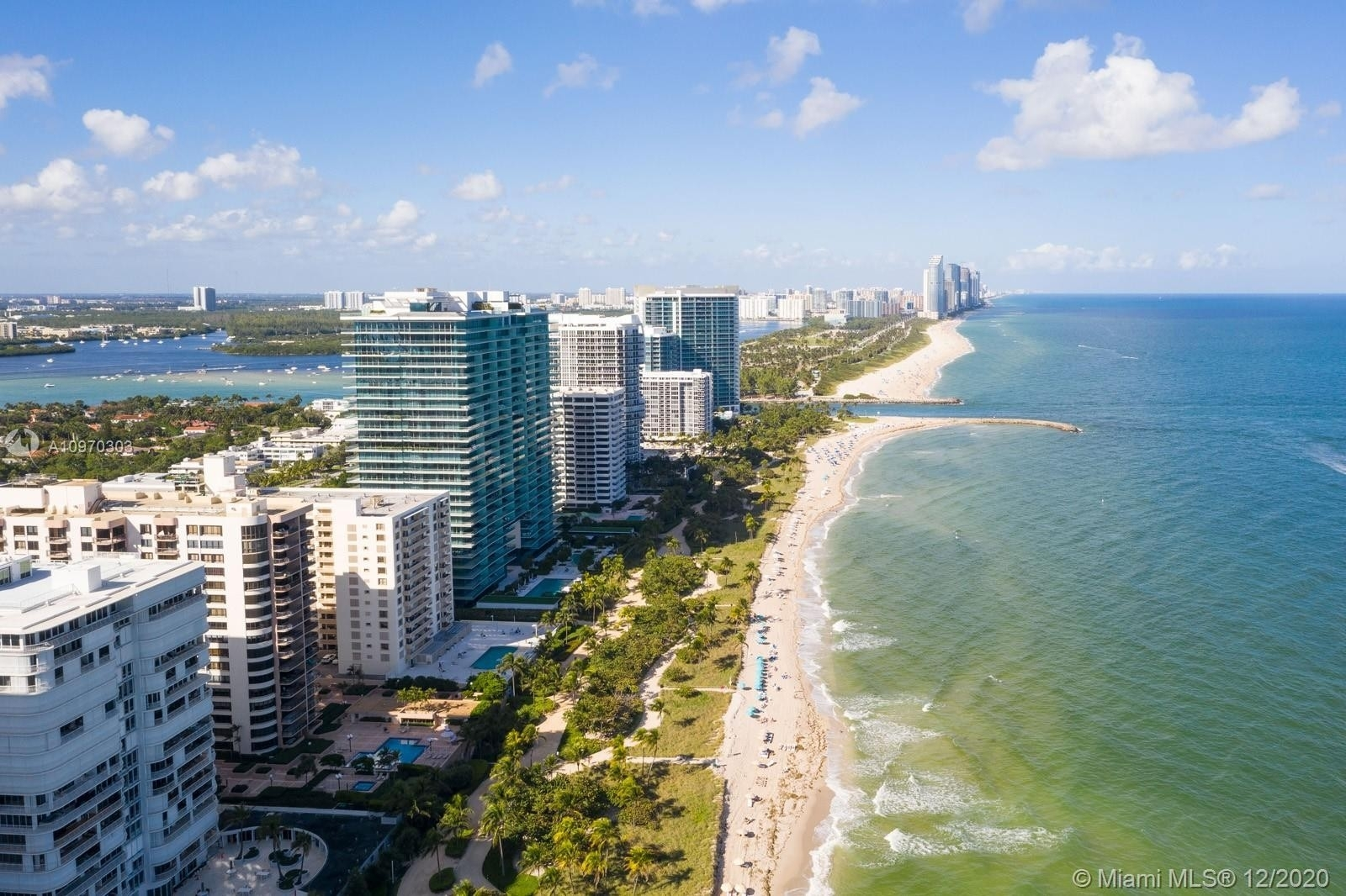 24. Condominiums for Sale at 10175 Collins Ave , 204 Bal Harbour, FL 33154