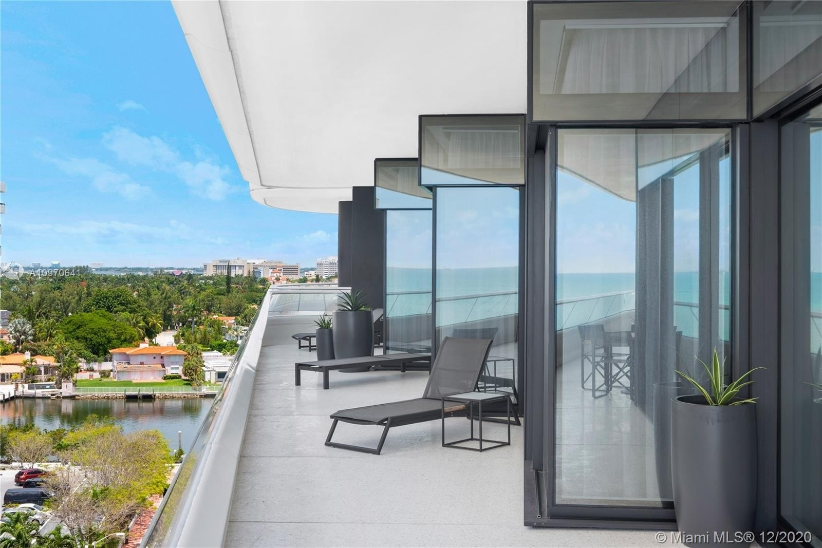 12. Condominiums for Sale at 3315 Collins Ave , 8B Ocean Front, Miami Beach, FL 33140