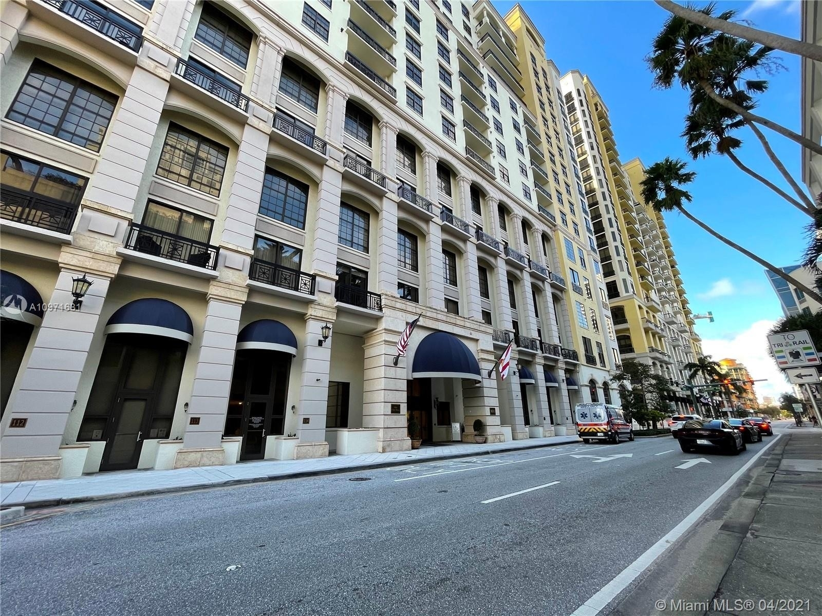 32. Condominiums pour l Vente à 801 S Olive Ave , 433 Loftin District, West Palm Beach, FL 33401