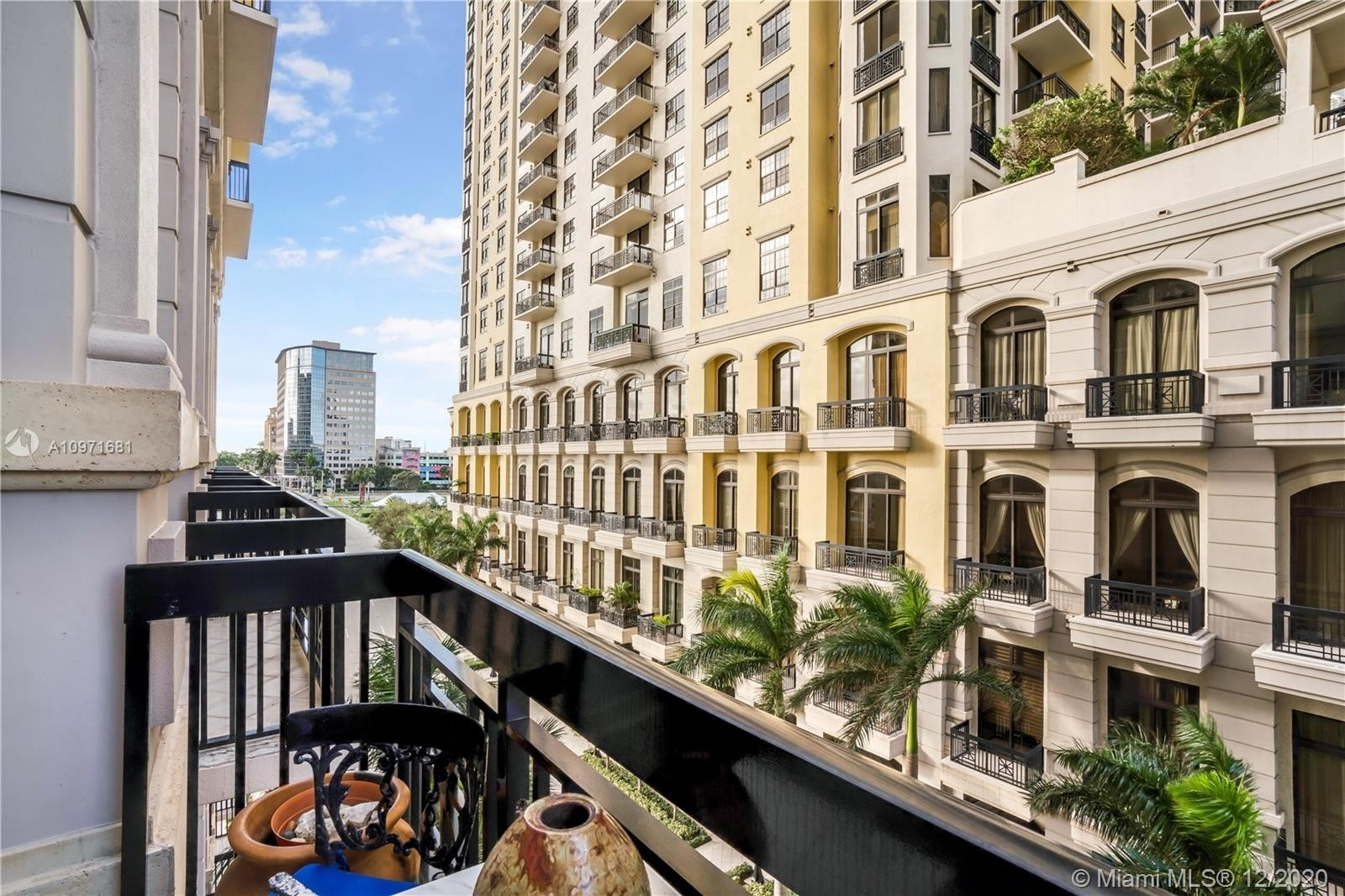 28. Condominiums pour l Vente à 801 S Olive Ave , 433 Loftin District, West Palm Beach, FL 33401