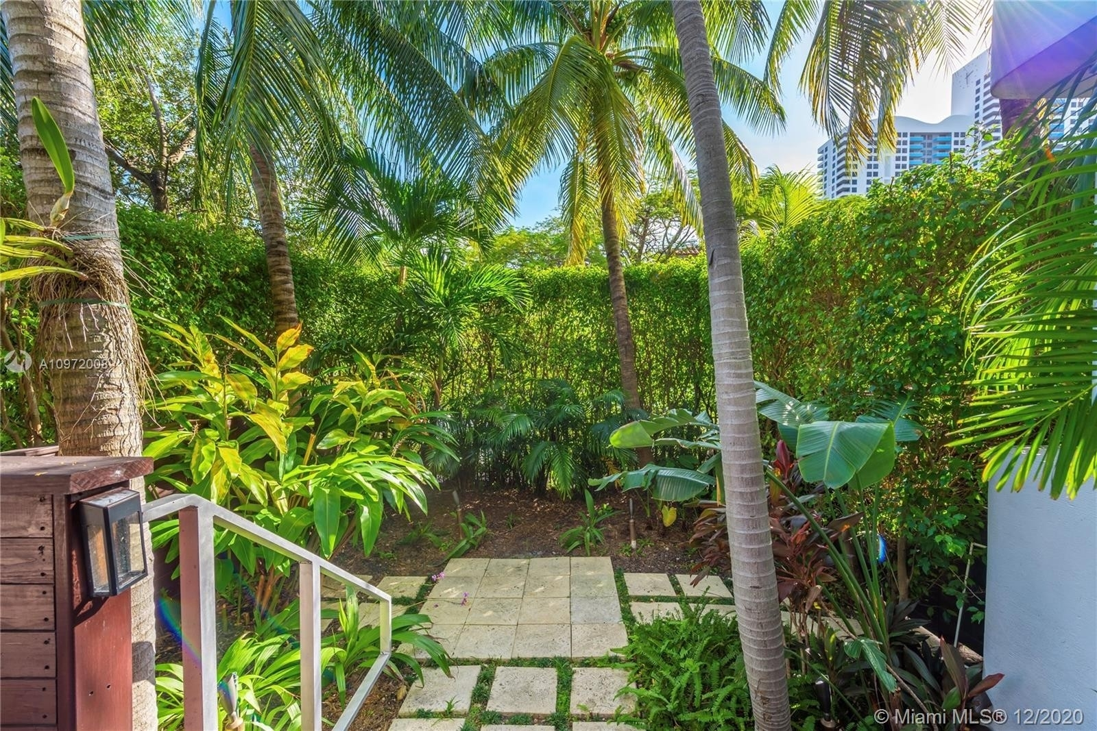 13. Condominiums for Sale at 1435 West Ave , 1 South Beach, Miami Beach, FL 33139