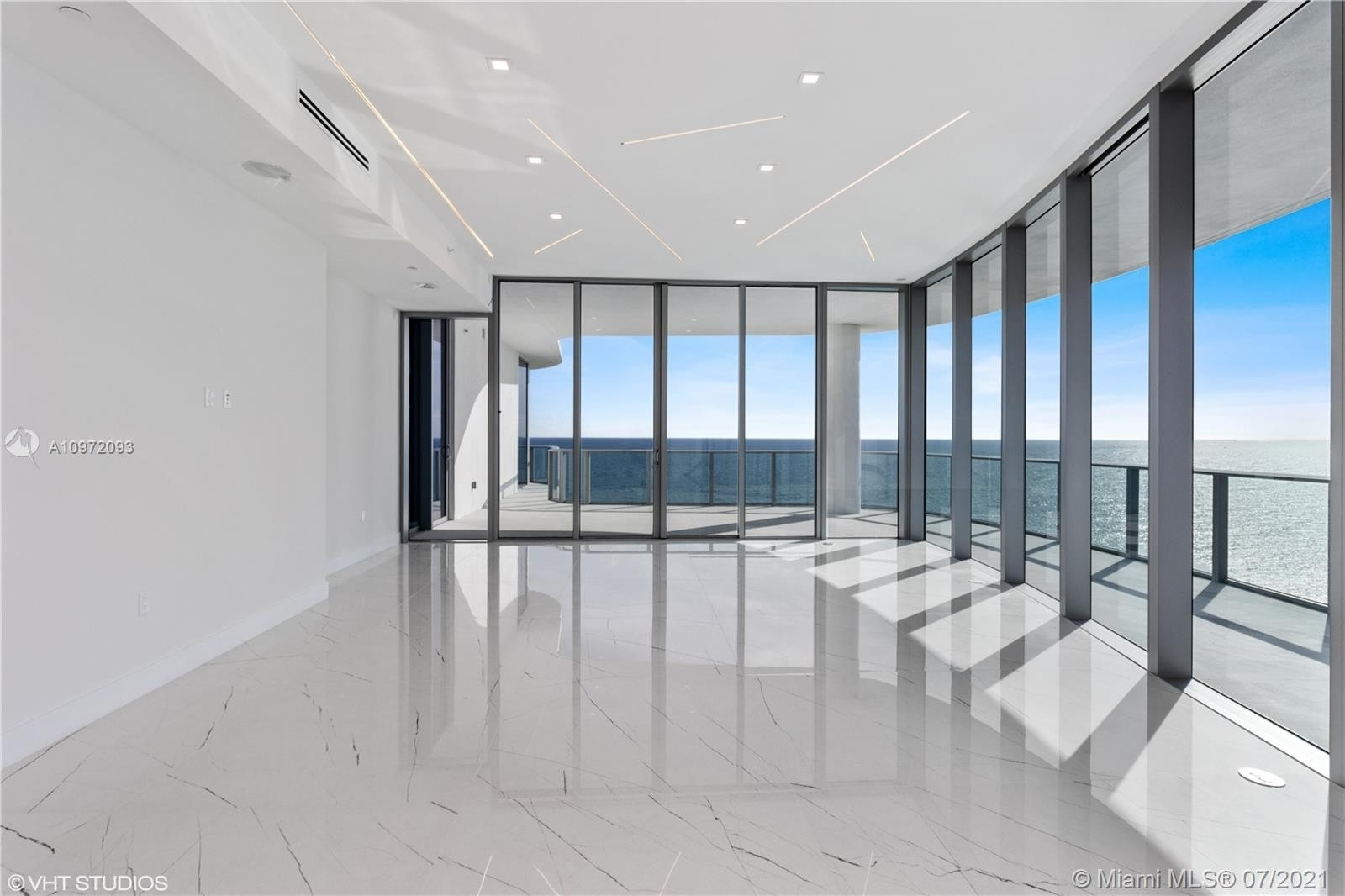 6. Condominiums for Sale at 17475 Collins Ave , 1501 Sunny Isles Beach, FL 33160
