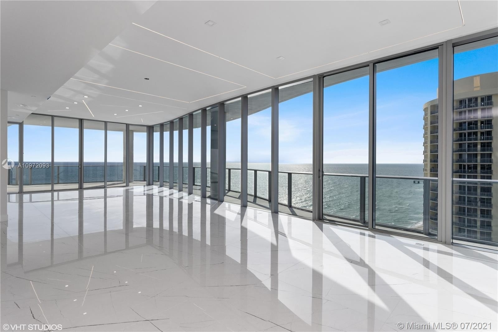 7. Condominiums for Sale at 17475 Collins Ave , 1501 Sunny Isles Beach, FL 33160
