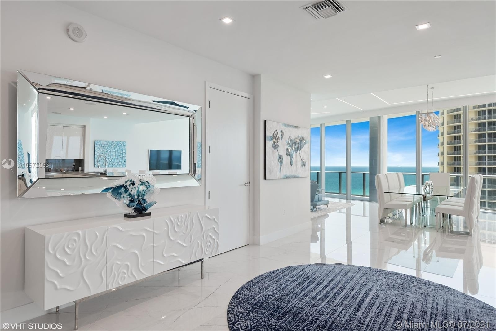 4. Condominiums for Sale at 17475 Collins Ave , 1501 Sunny Isles Beach, FL 33160
