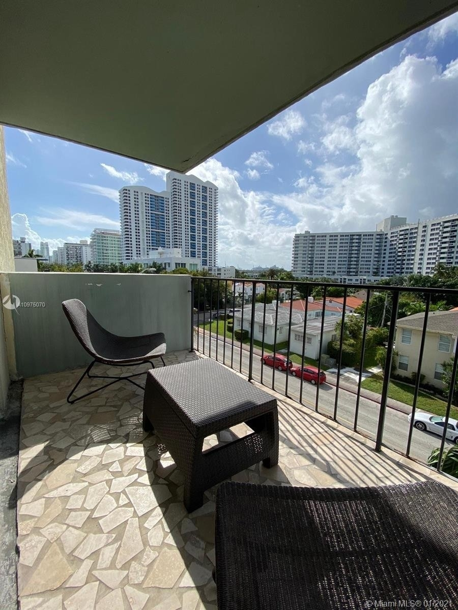 6. Condominiums for Sale at 1455 West Ave , 504 South Beach, Miami Beach, FL 33139