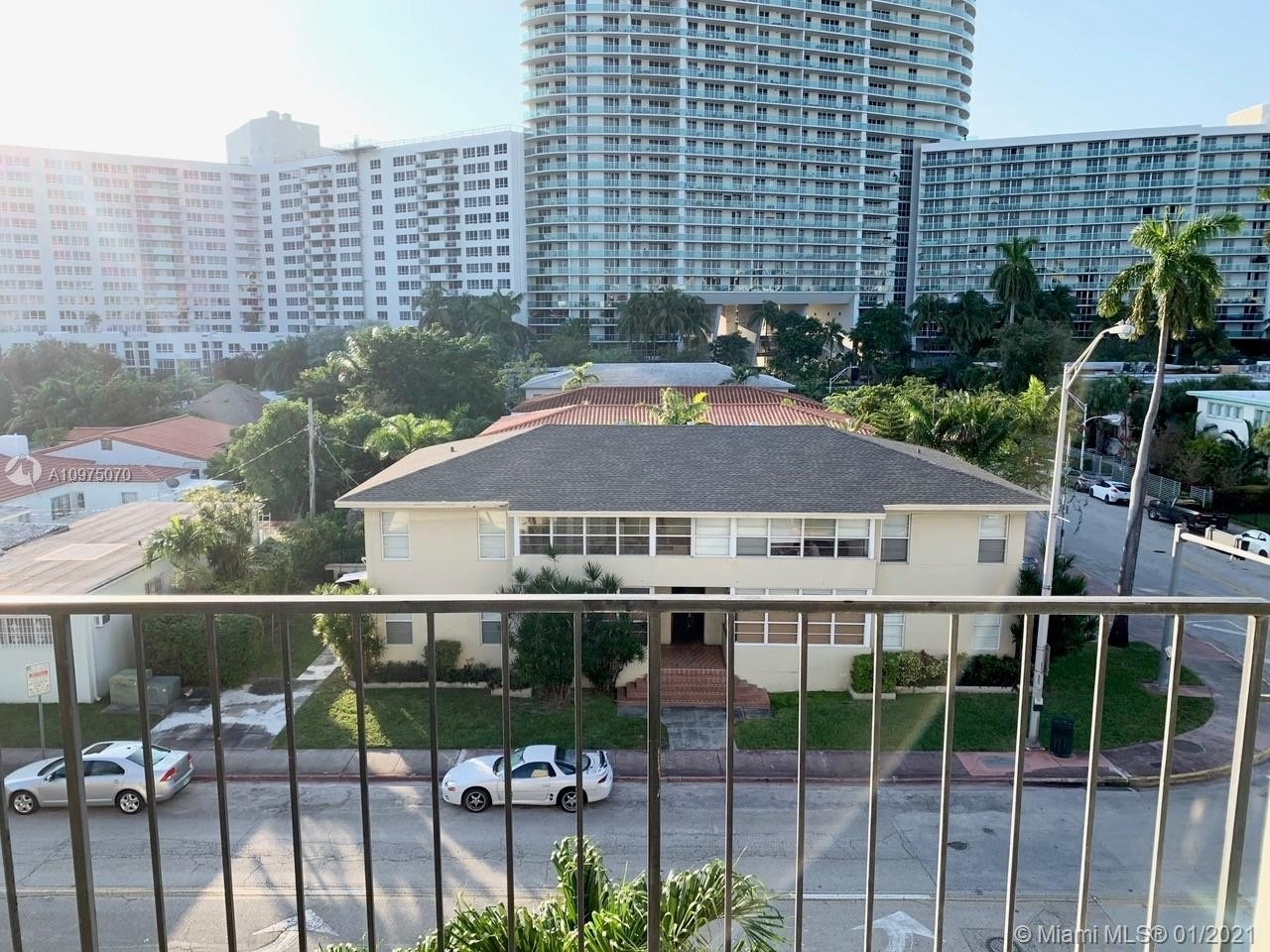 16. Condominiums for Sale at 1455 West Ave , 504 South Beach, Miami Beach, FL 33139