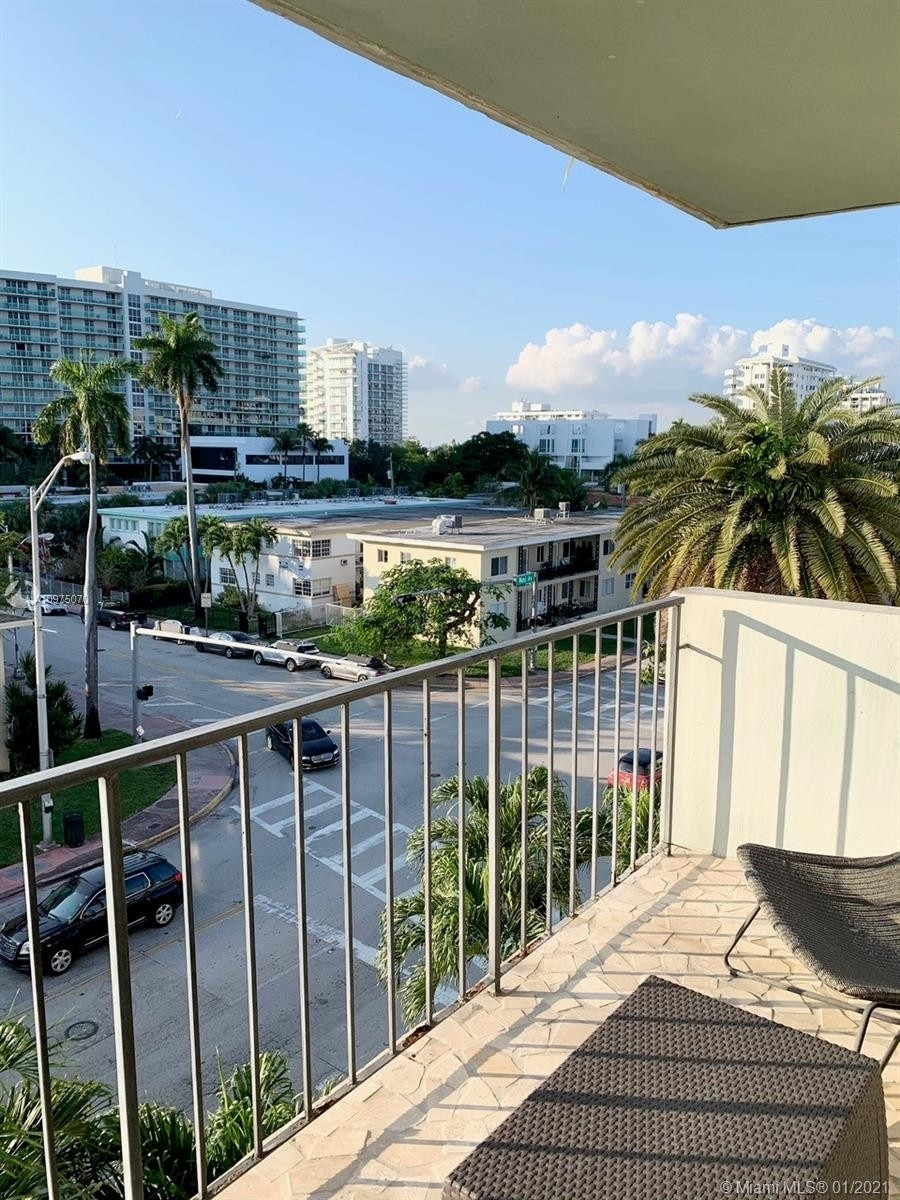 14. Condominiums for Sale at 1455 West Ave , 504 South Beach, Miami Beach, FL 33139
