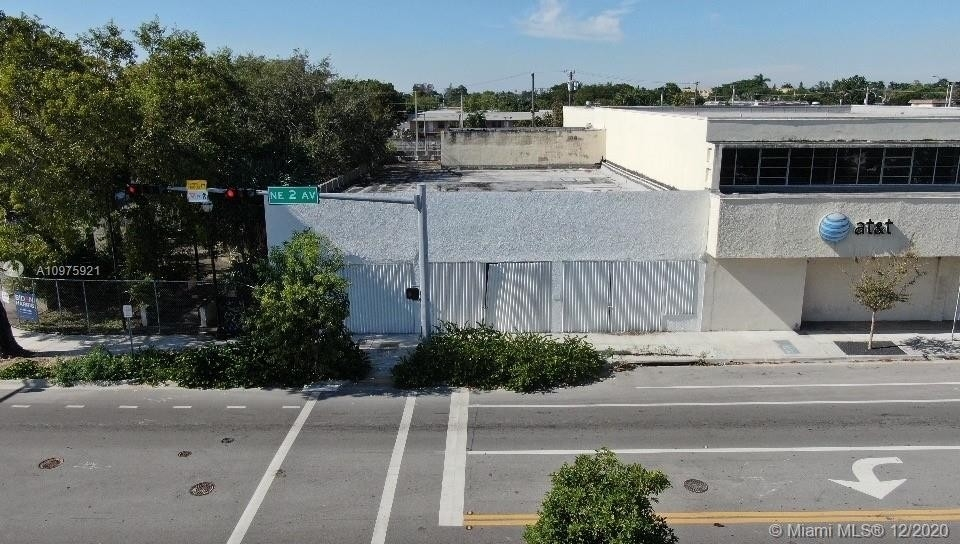 Commercial / Office for Sale at Little River, Miami, FL 33138